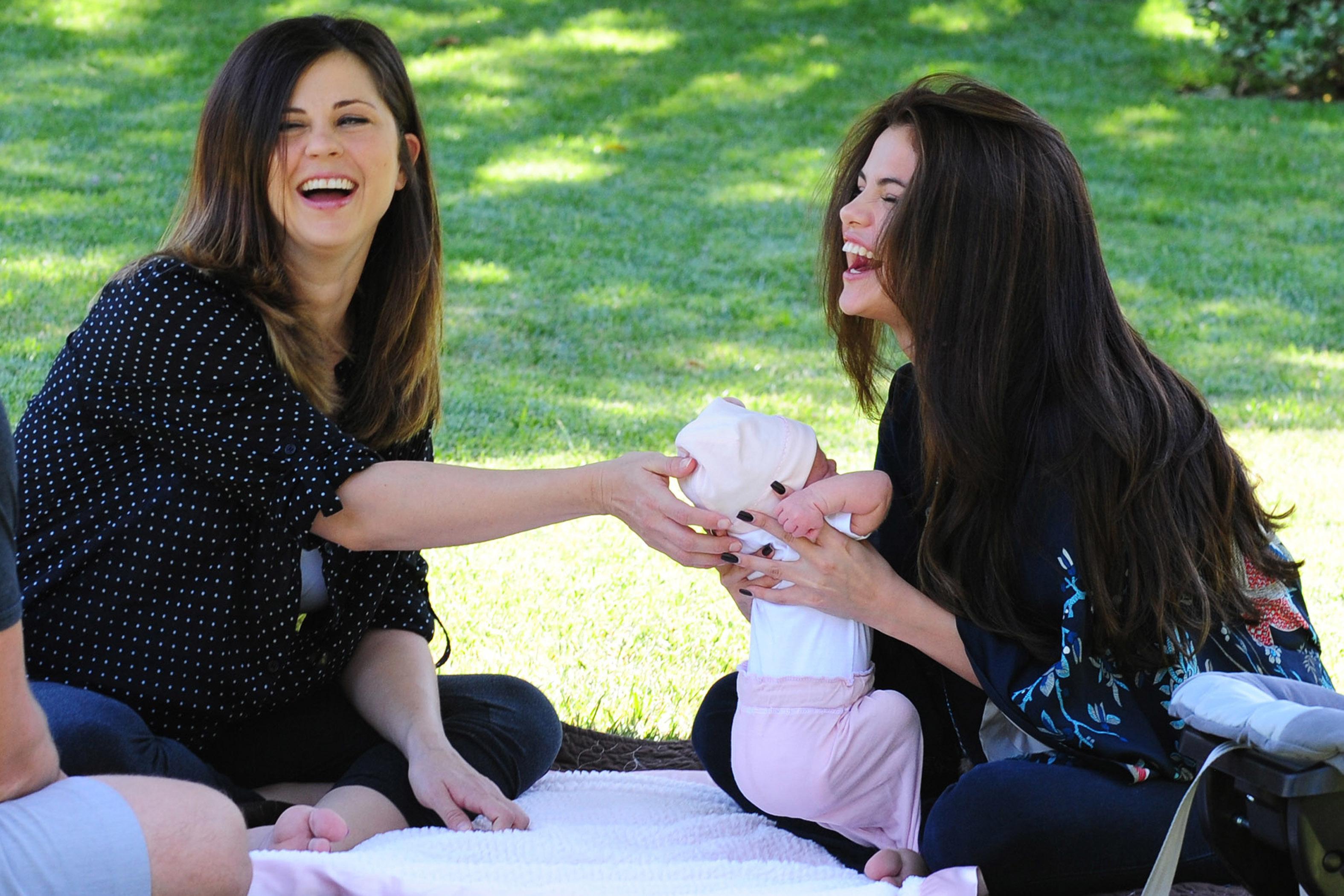 Selena Gomez sister