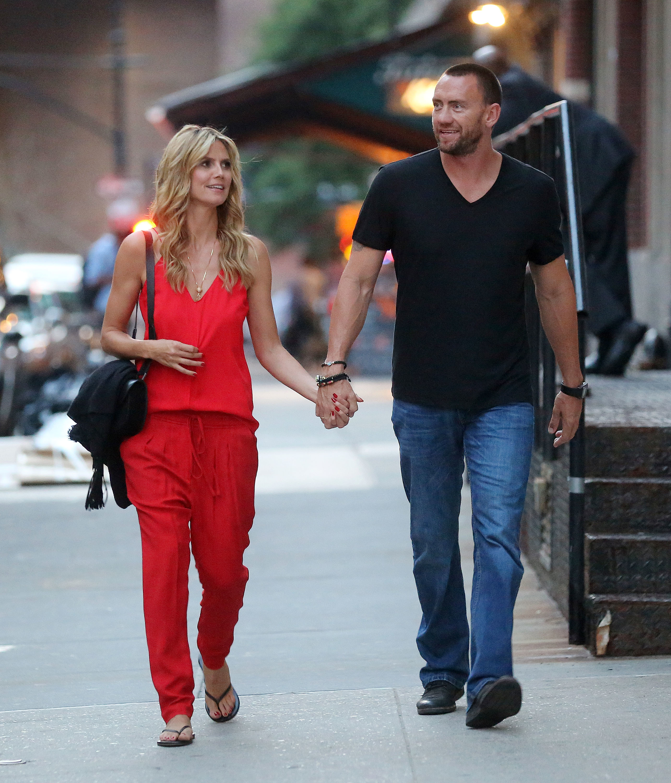 Heidi Klum Martin Kristen walking red