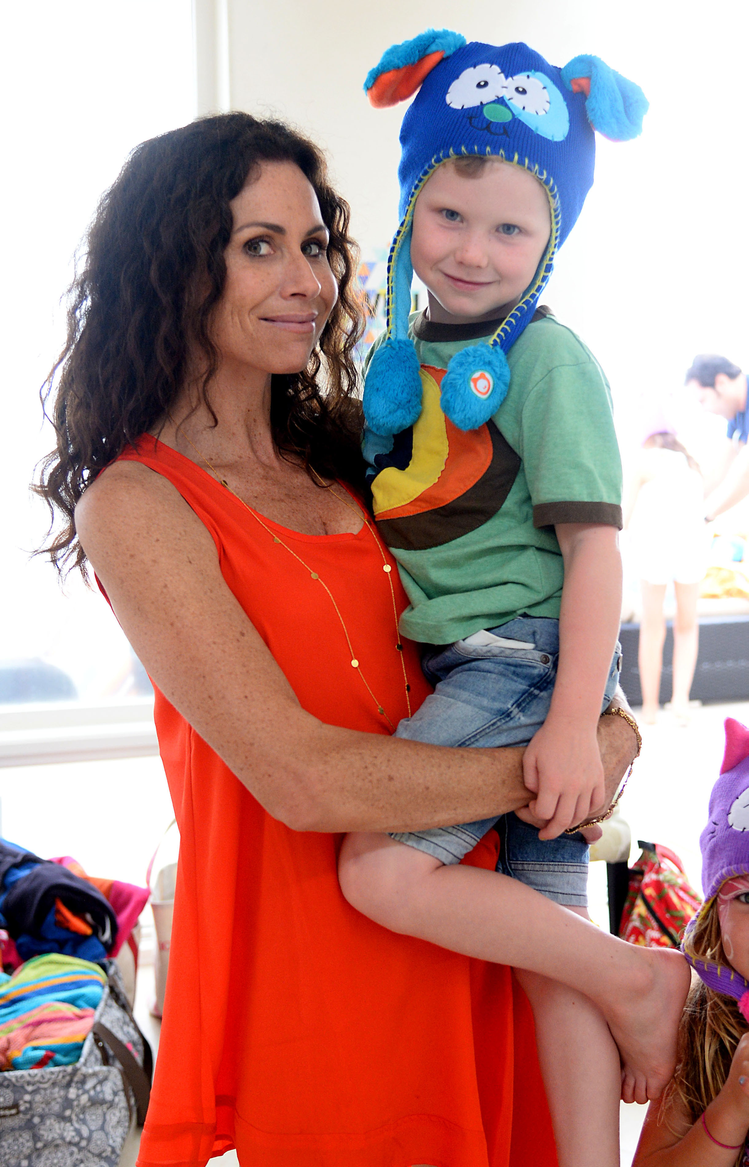 minnie driver hollywood single moms
