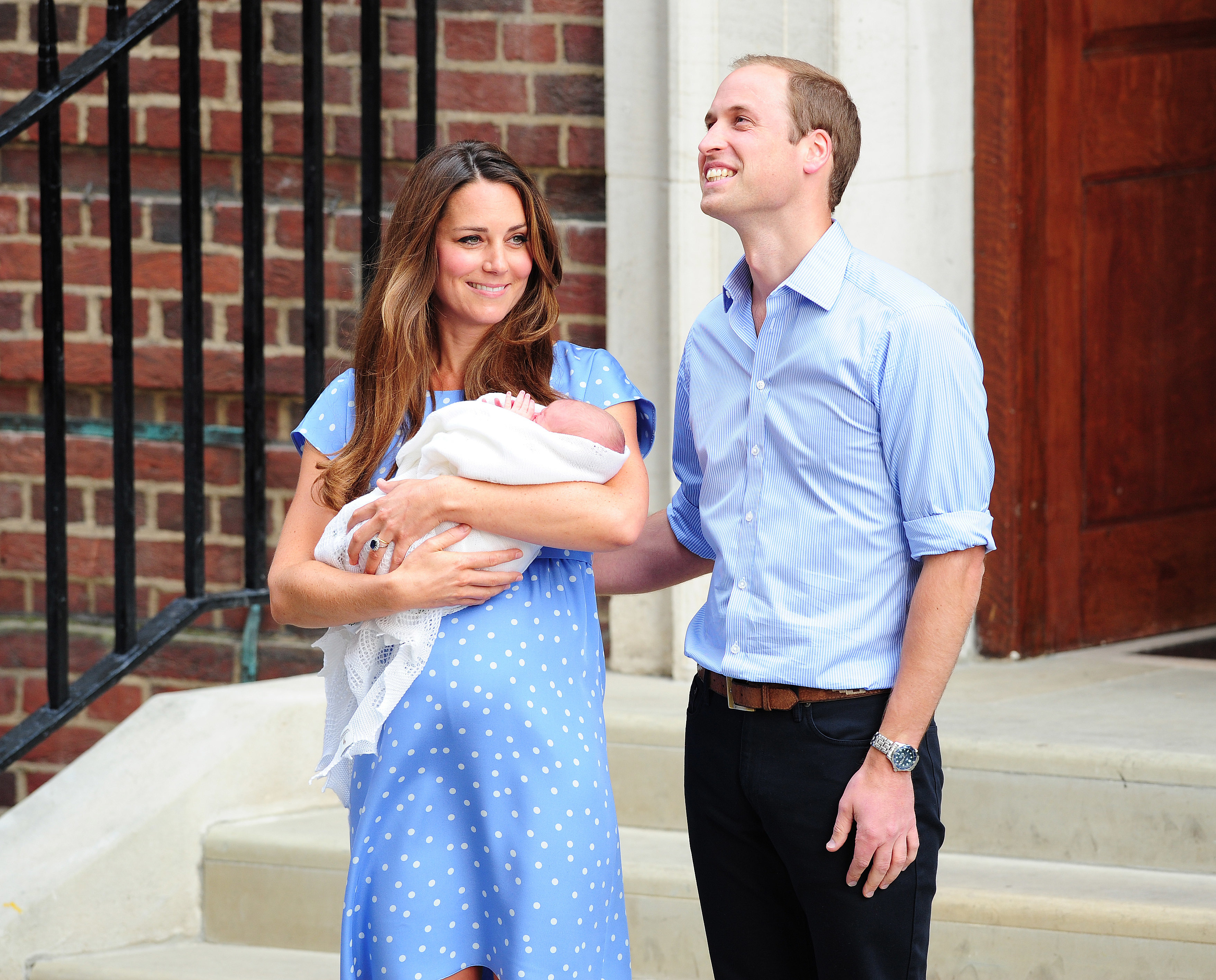 prince william duchess kate royal baby name prince george alexander louis
