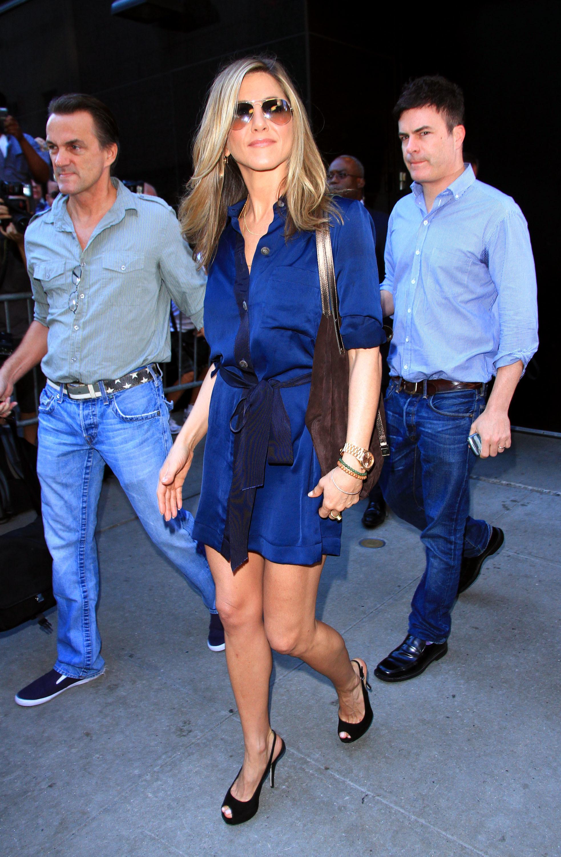 Jennifer aniston blue dress