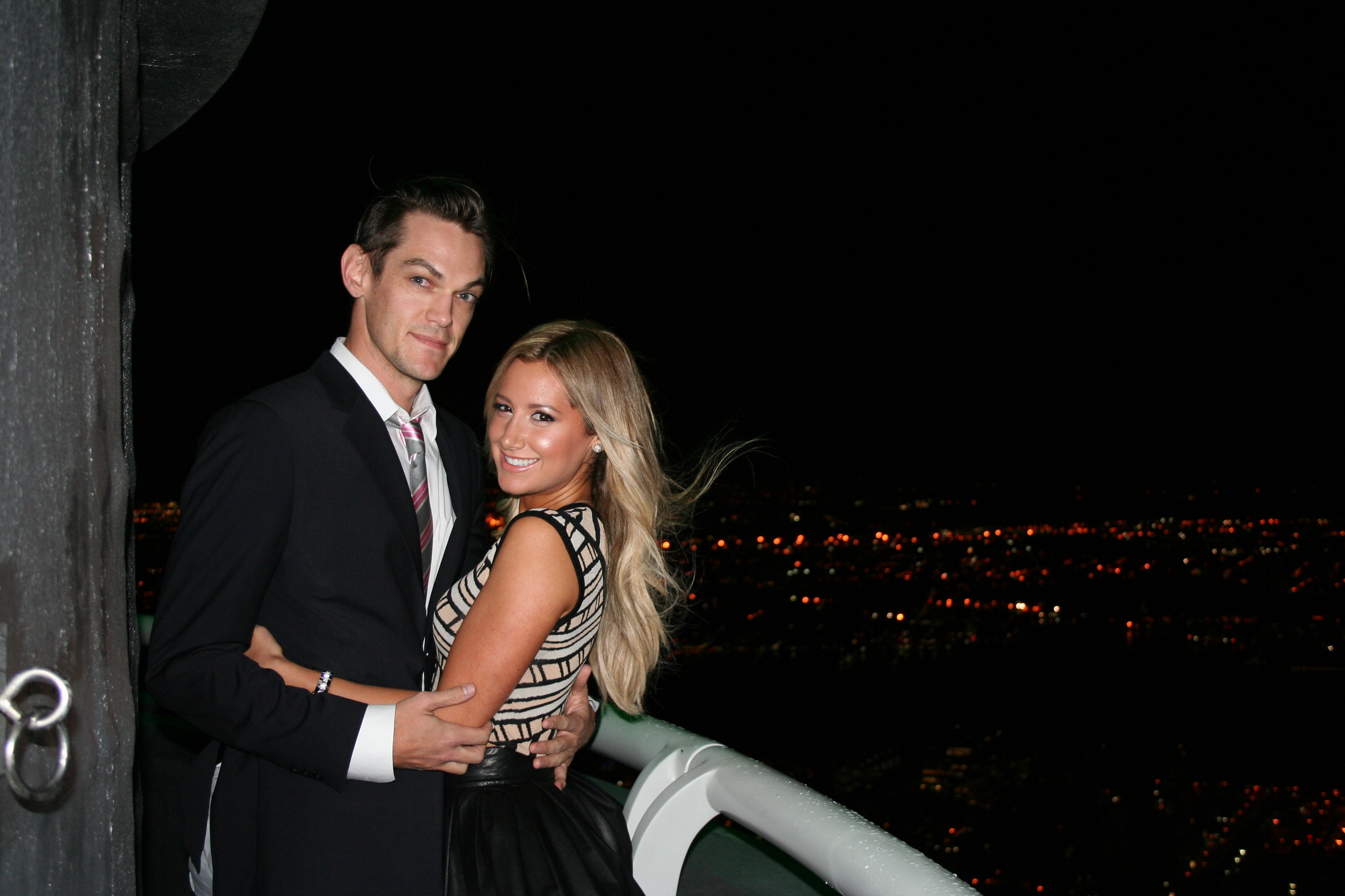 Ashley Tisdale engaged