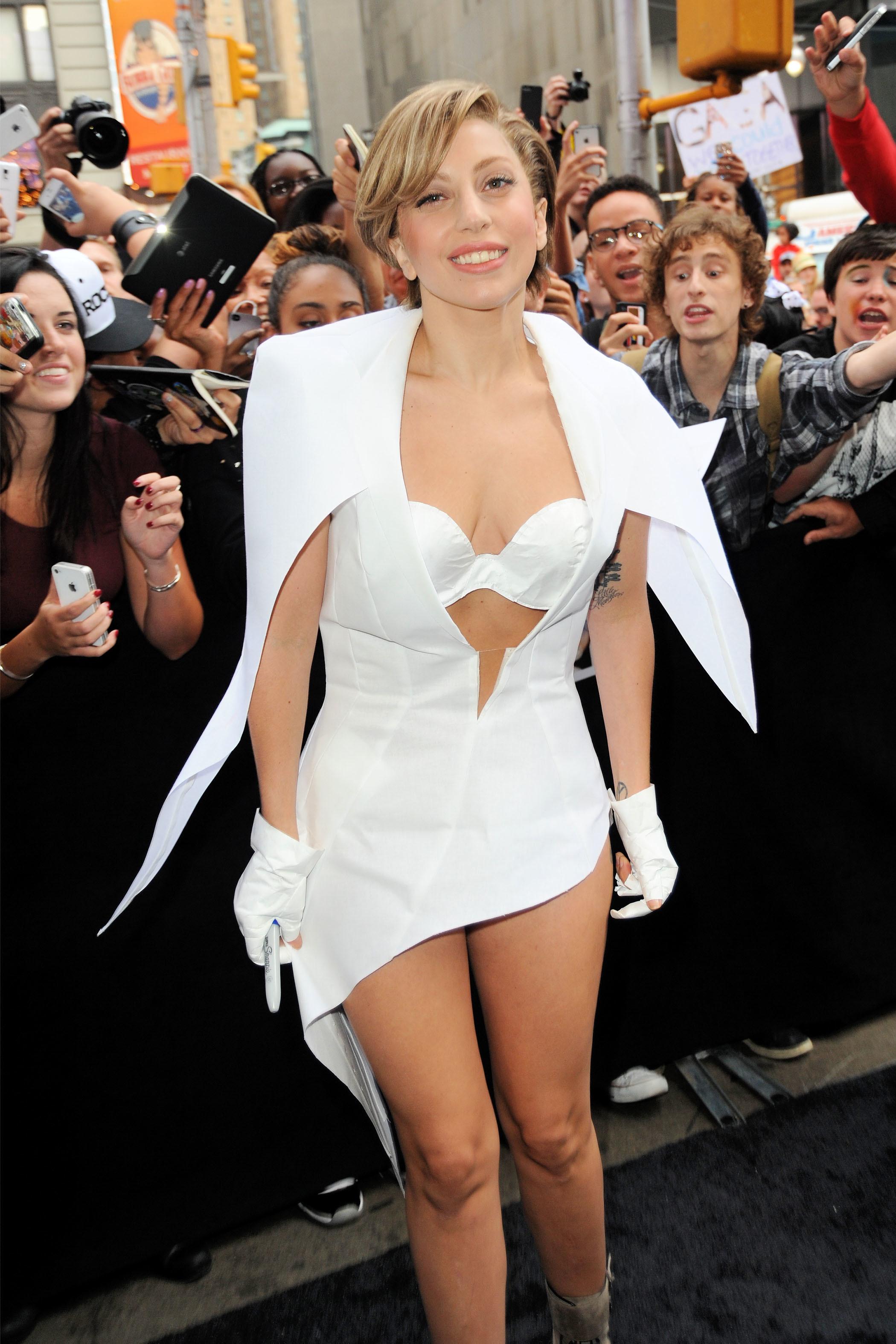 Lady Gaga new hair