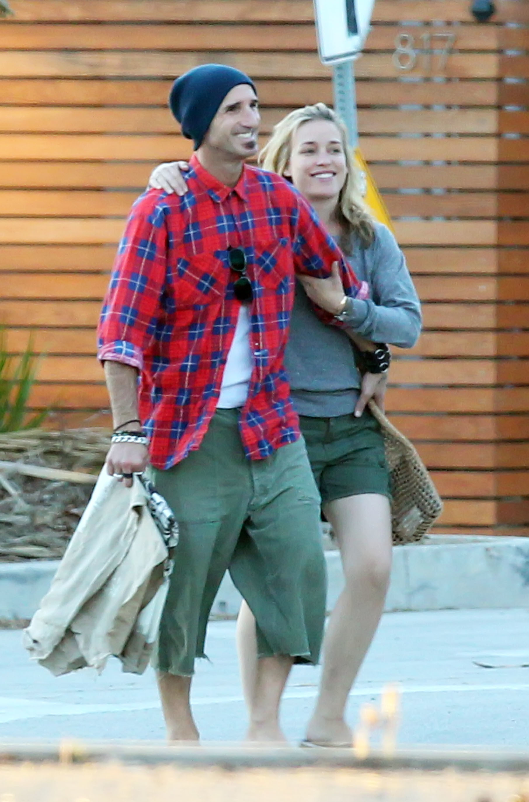piper perabo engaged