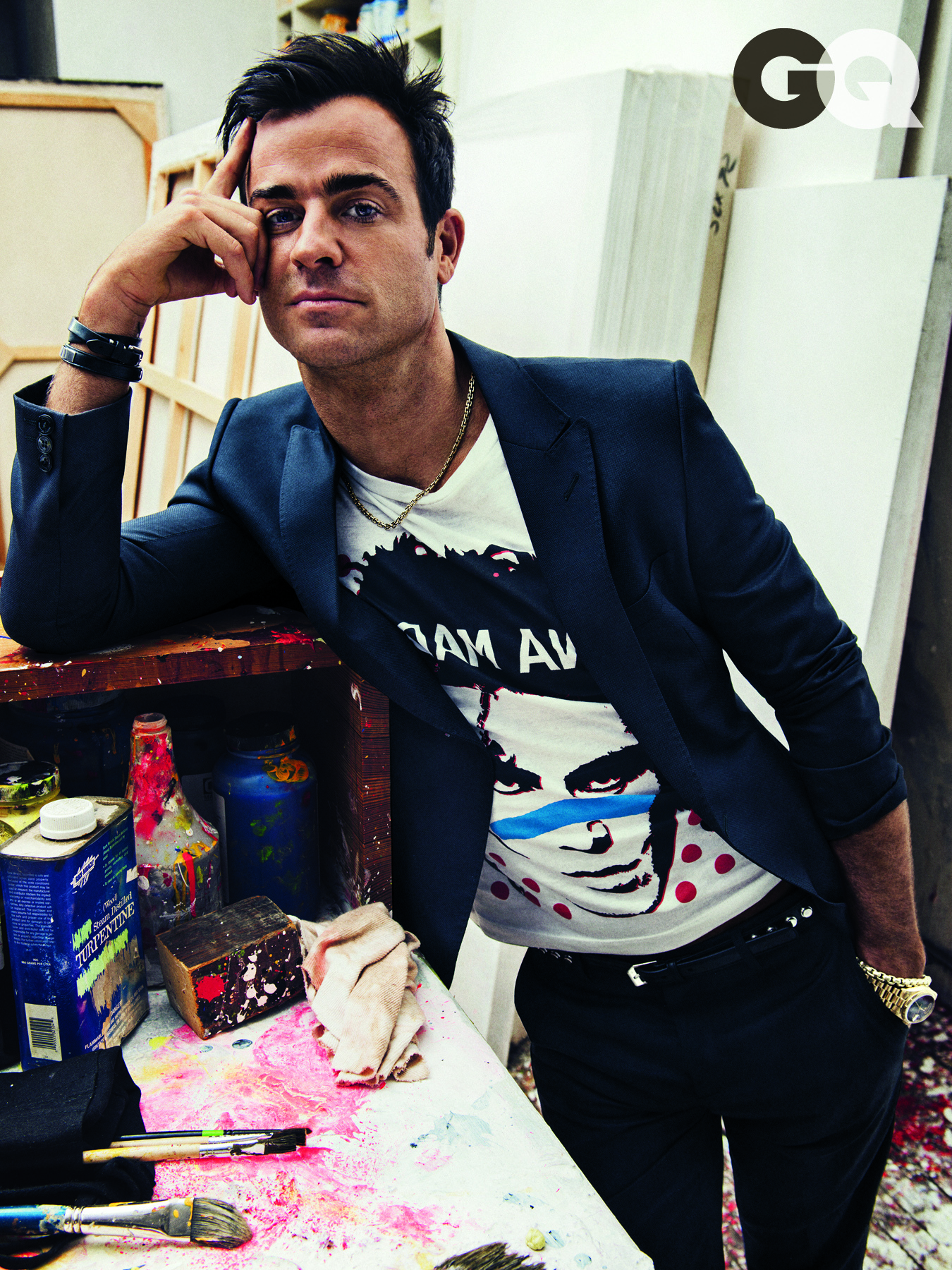 justin theroux jennifer aniston gq collectible chickens