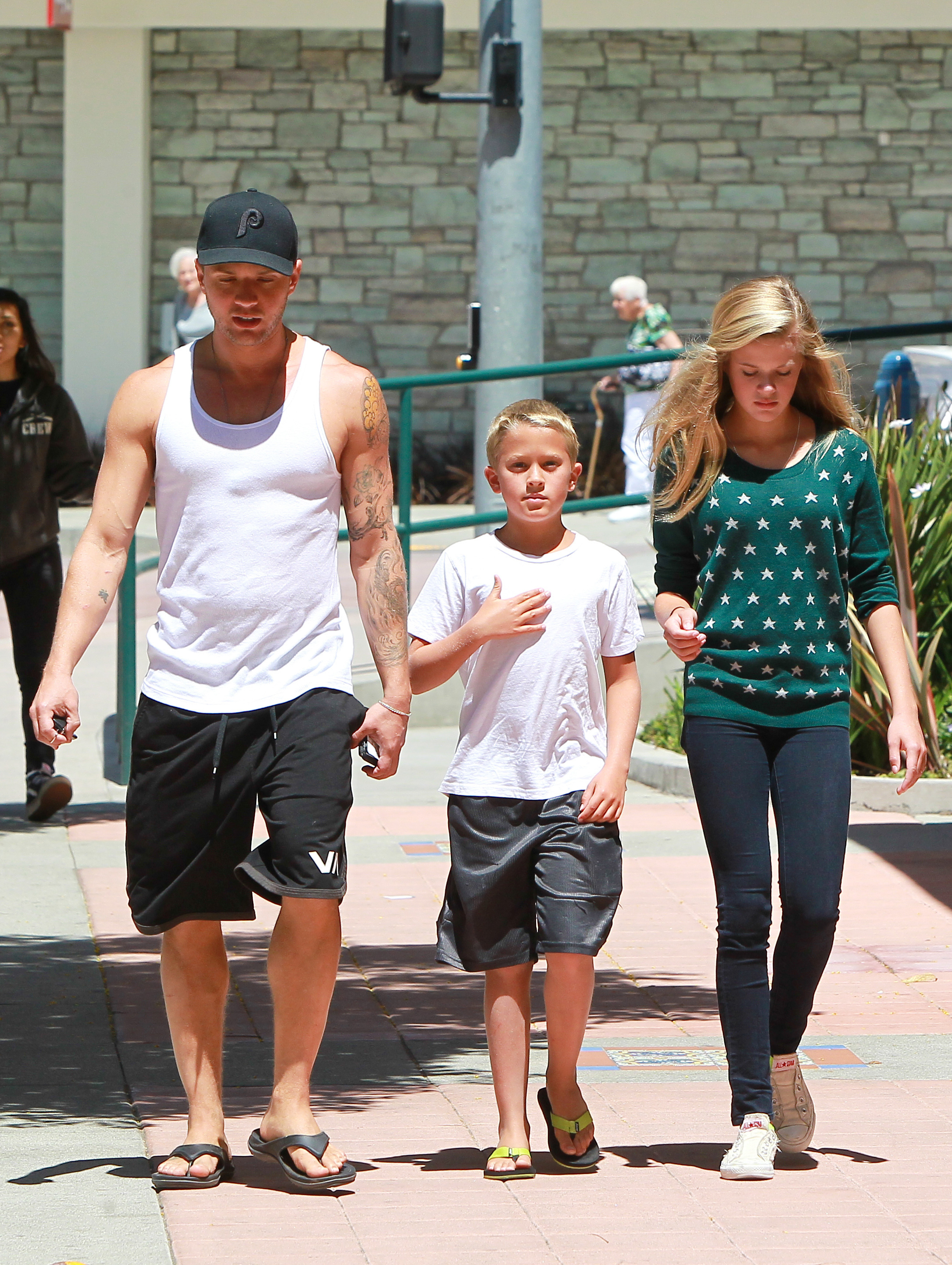 Ryan Phillippe  kids