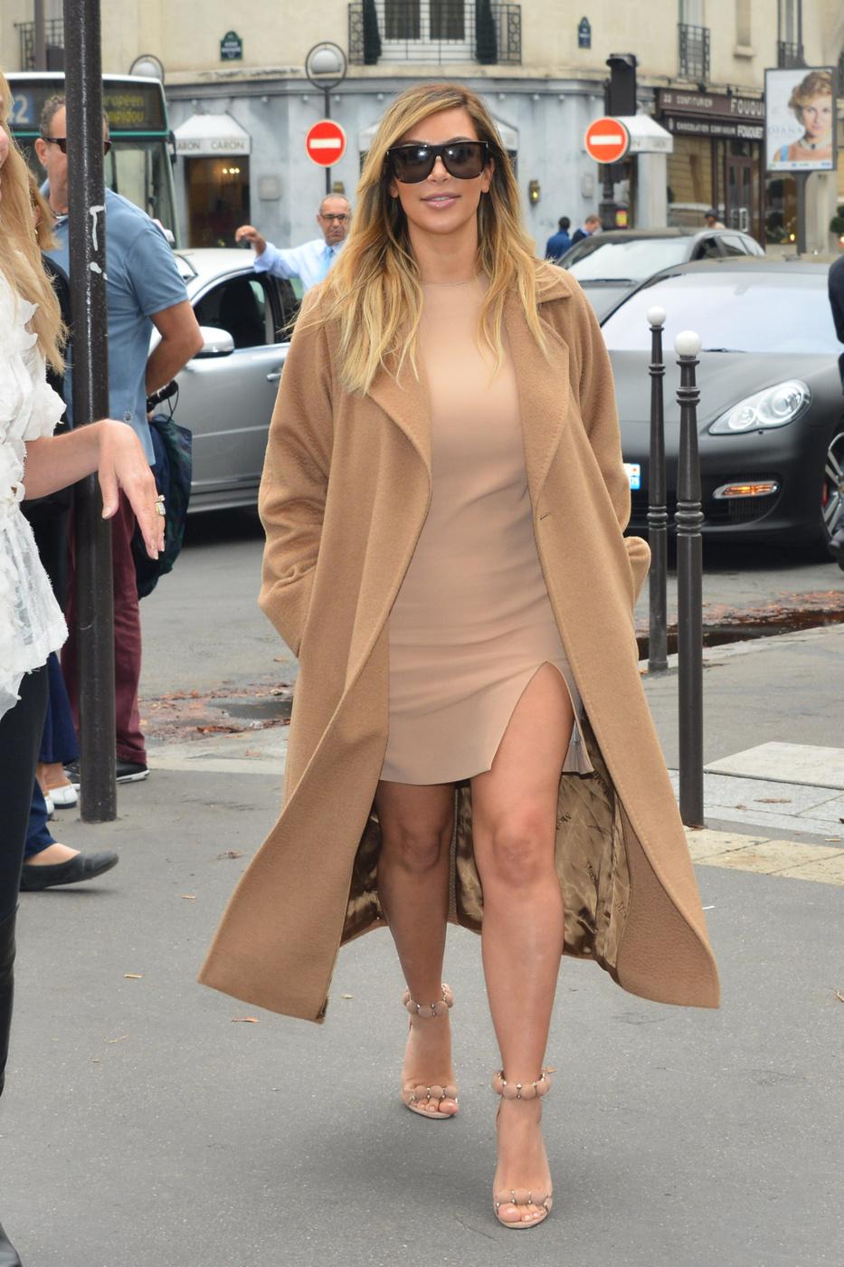 kim kardashian weight loss sexy outfit