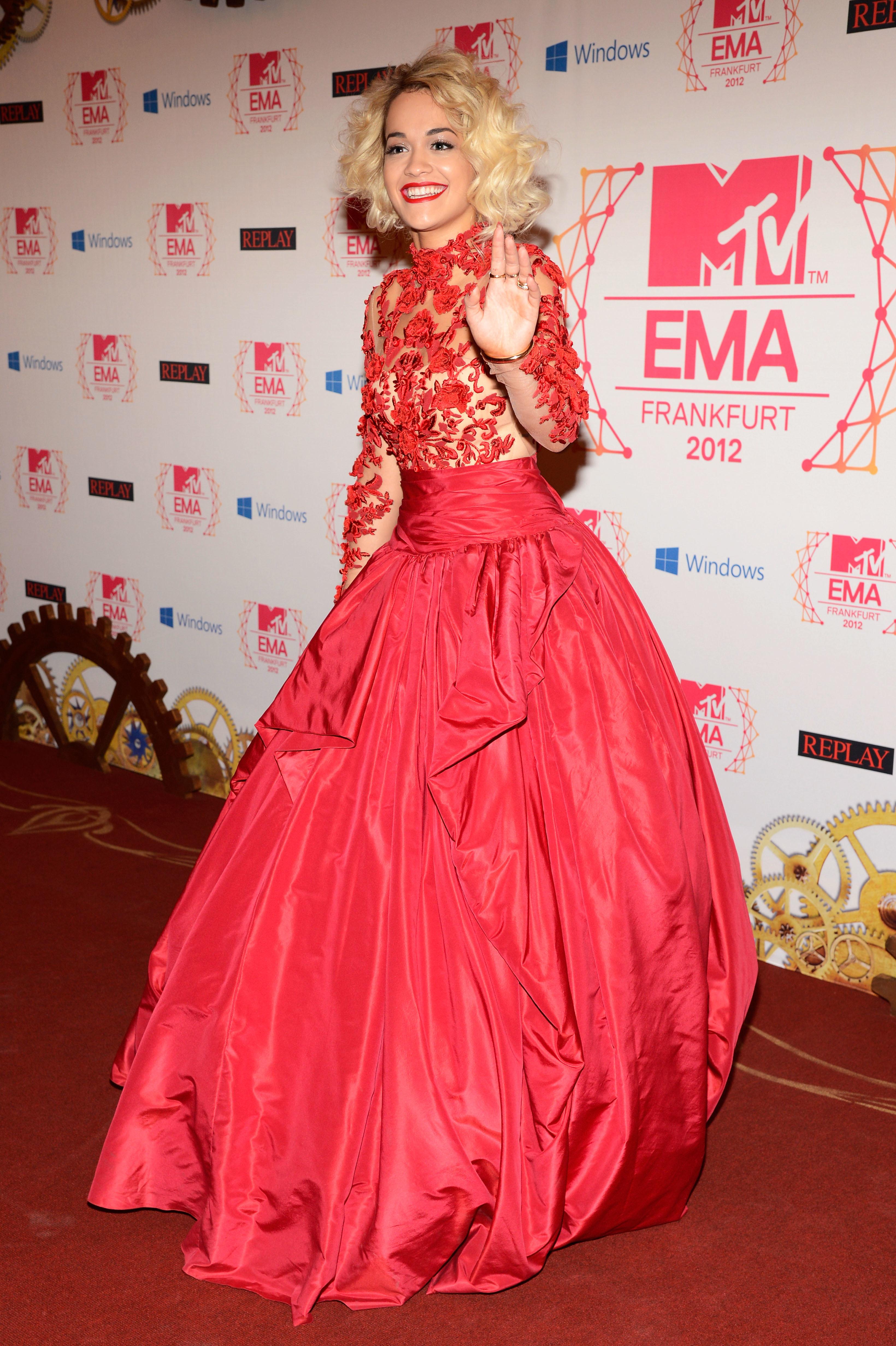 rita ora rihanna red dresses