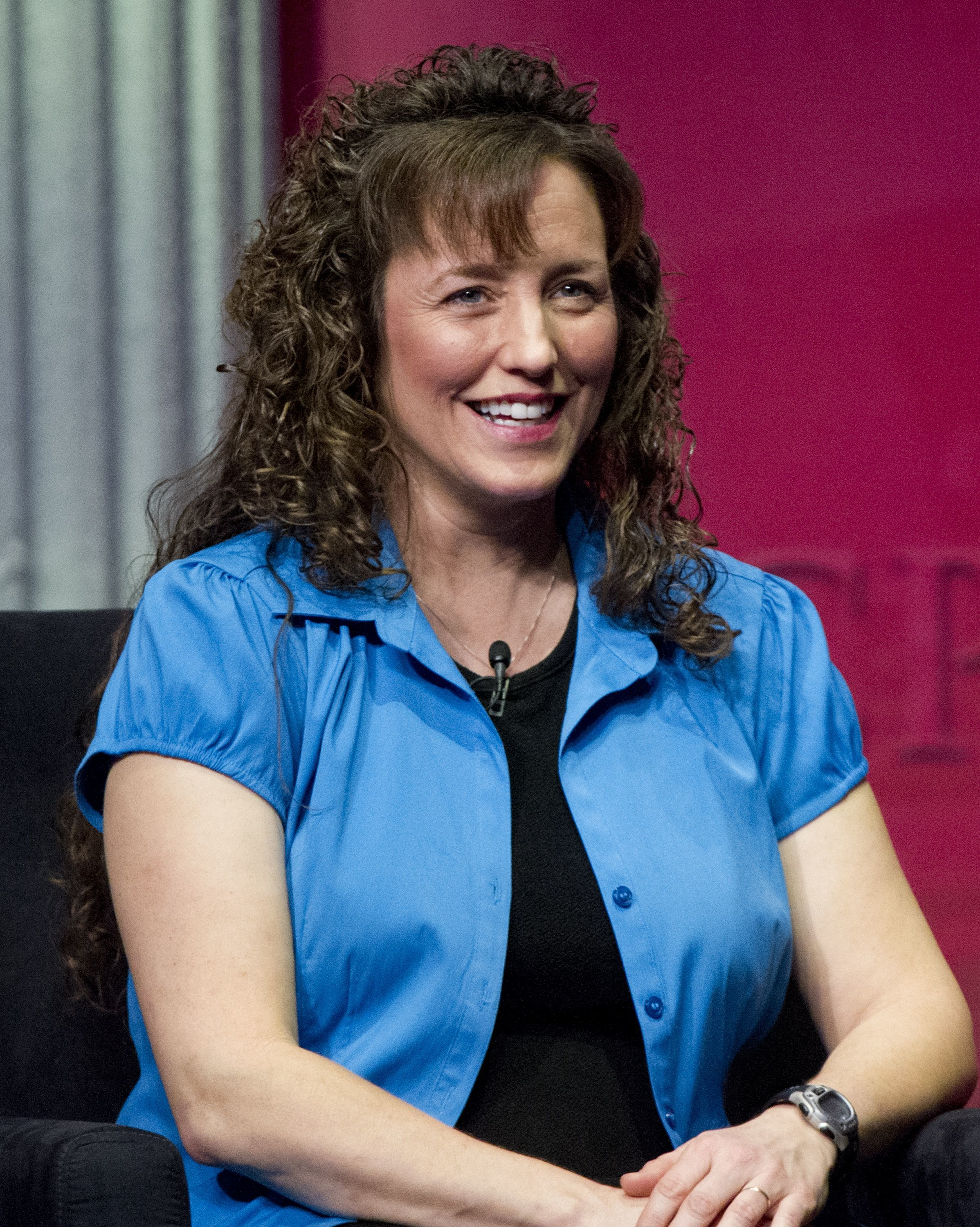 Michelle Duggar blue shirt
