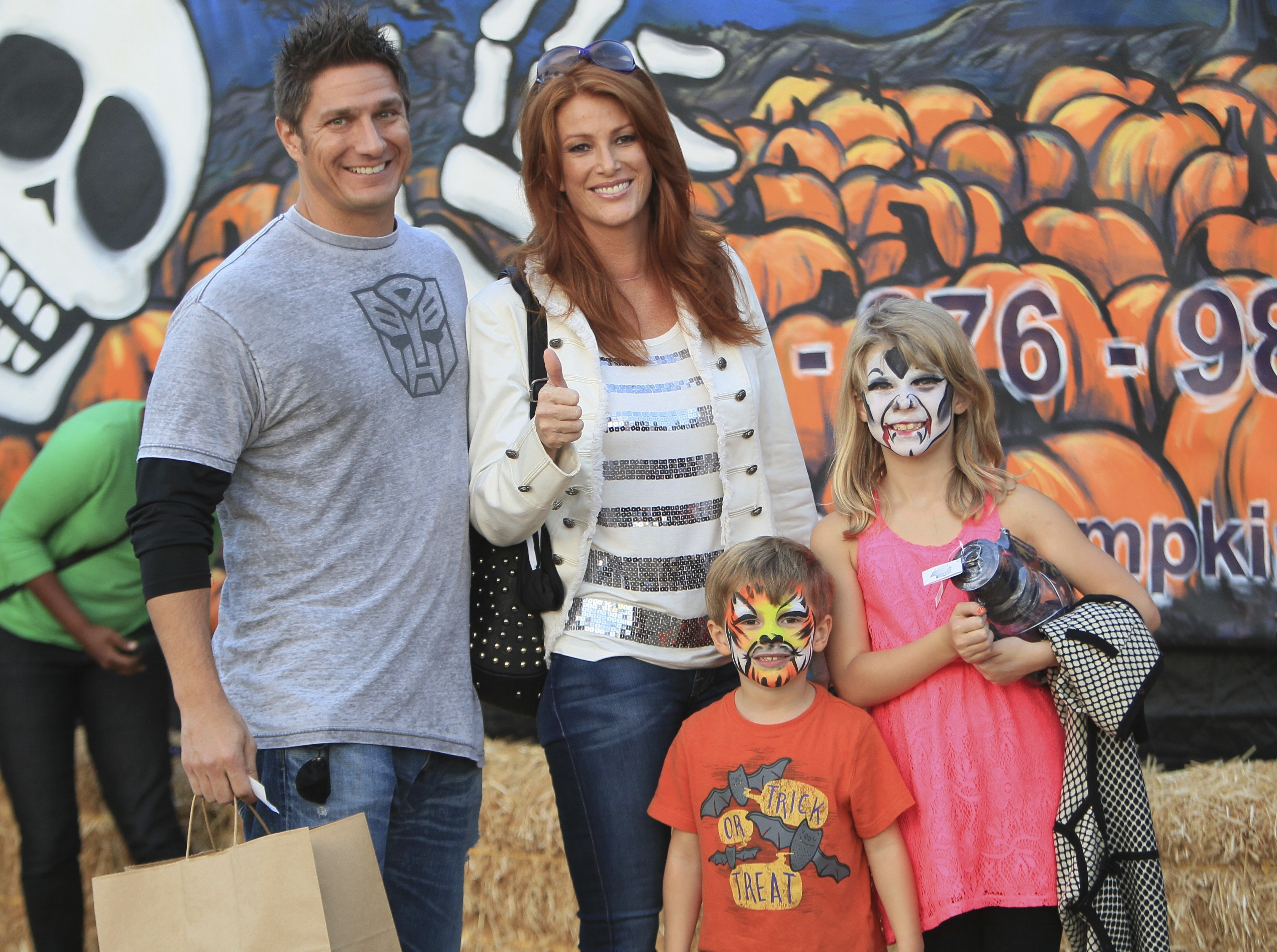 angie everhart family