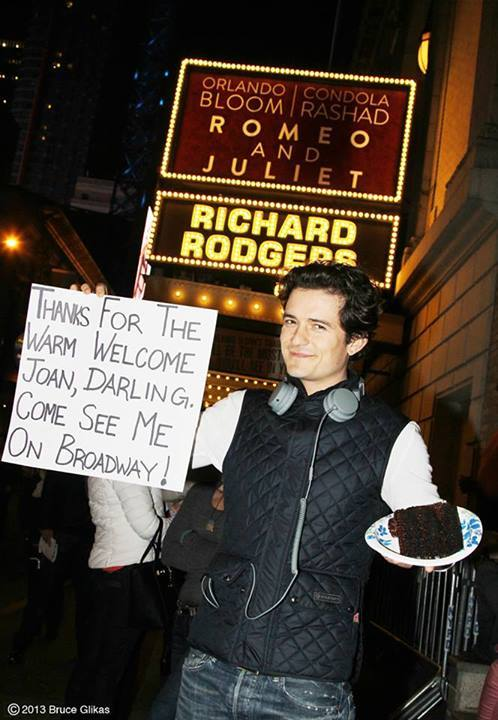 orlando bloom joan rivers cake sign romeo and juliet