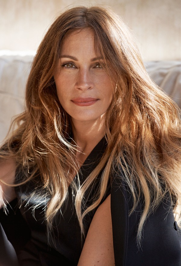 julia roberts marie claire legs august osage county hair