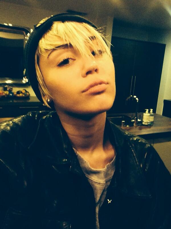 Miley Cyrus twitpic