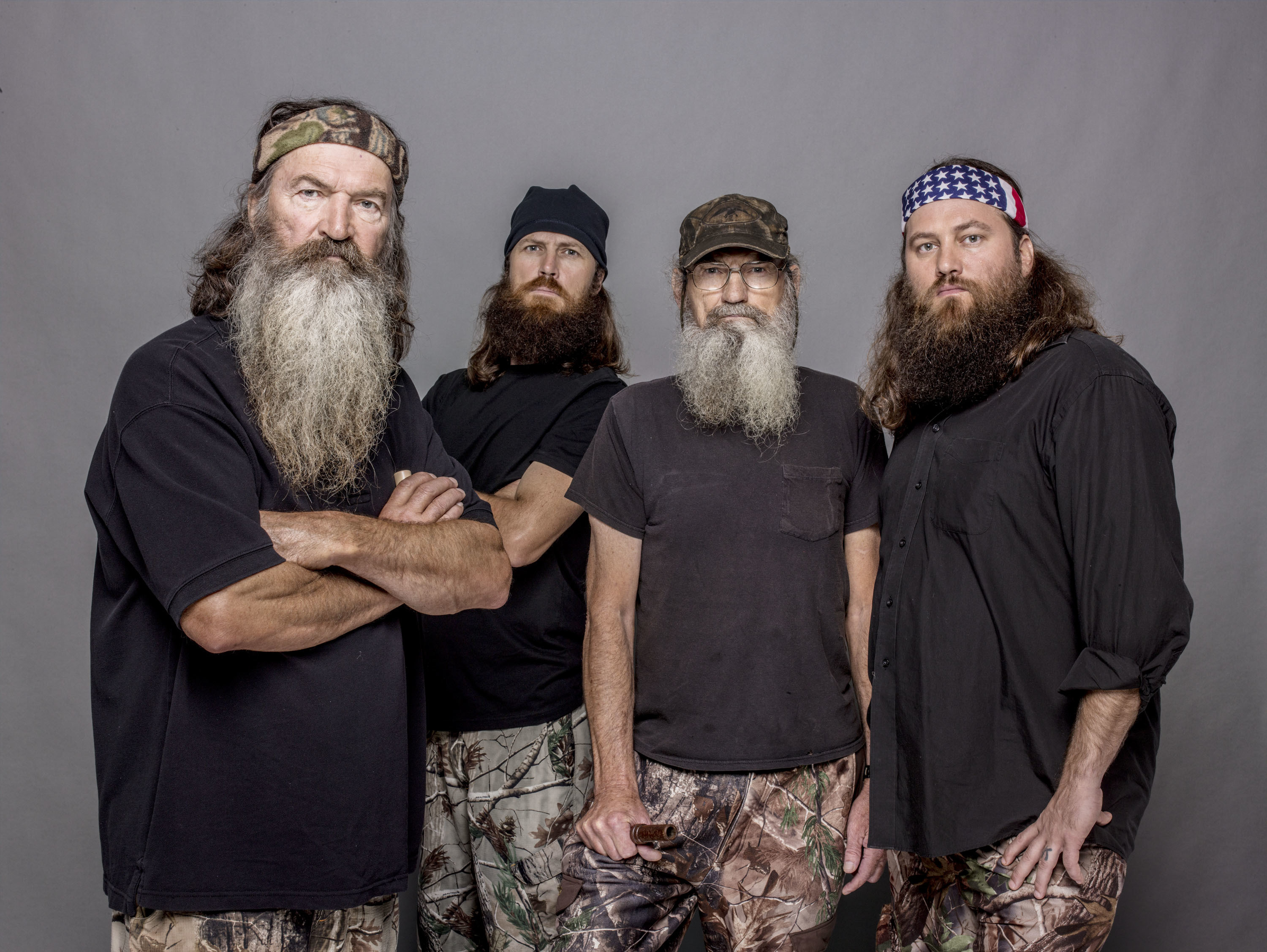 "A ""Duck Dynasty"" hunter gets suspended"