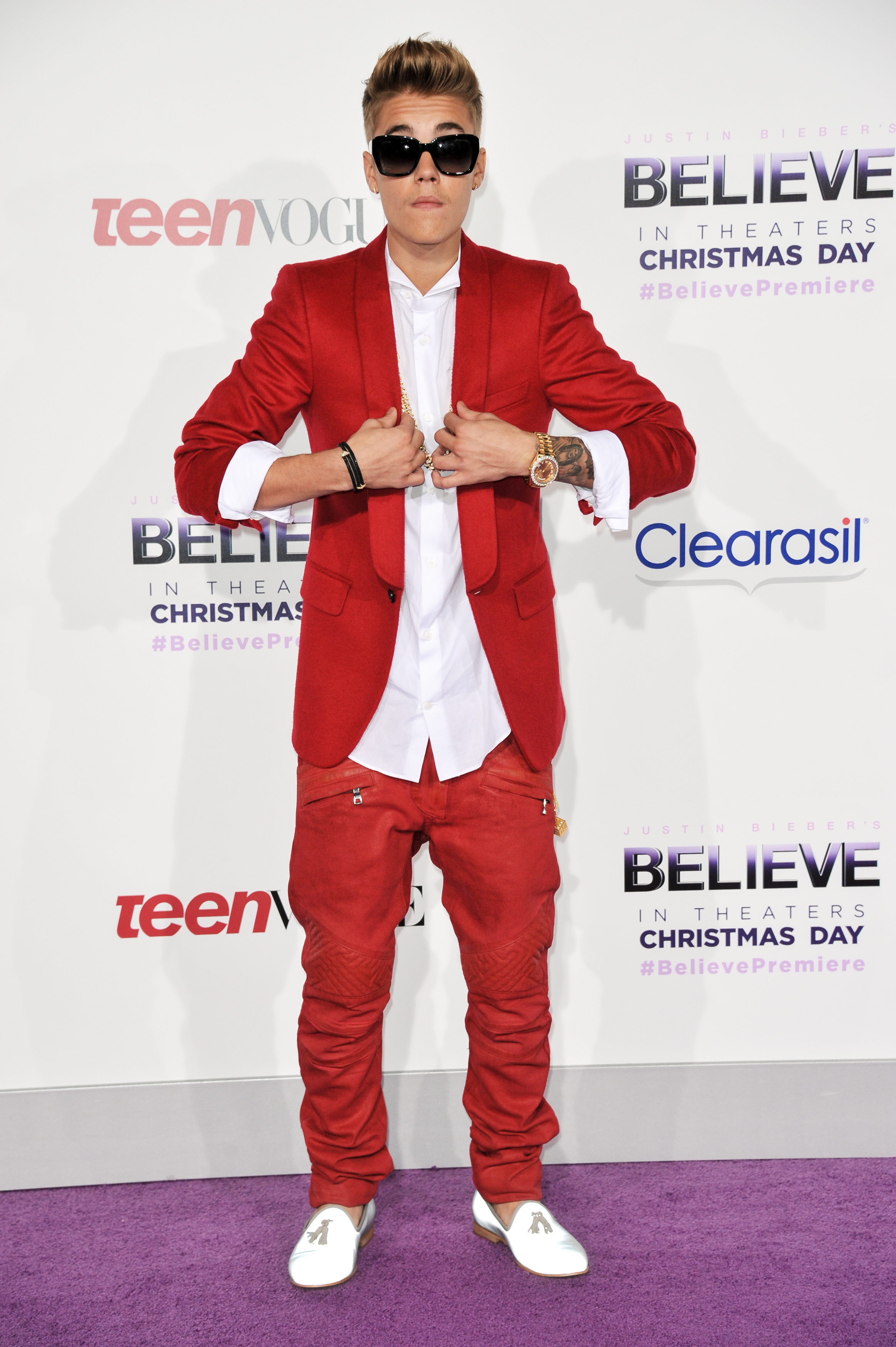 justin bieber red suit