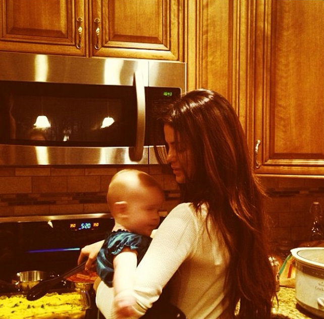 Selena Gomez Gracie Christmas