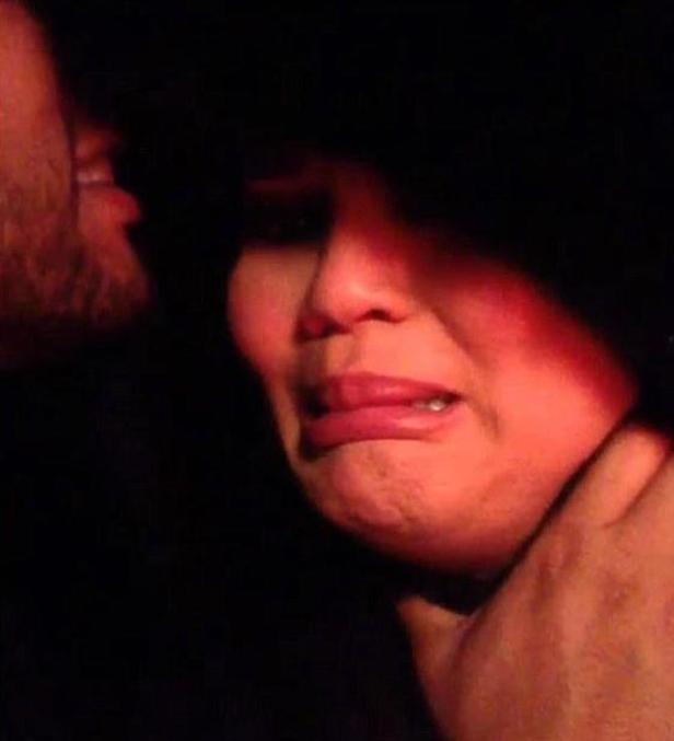 Chrissy Teigen choke