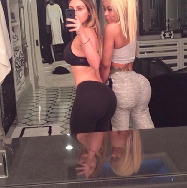 Kim Kardashian Blac Chyna workout selfie