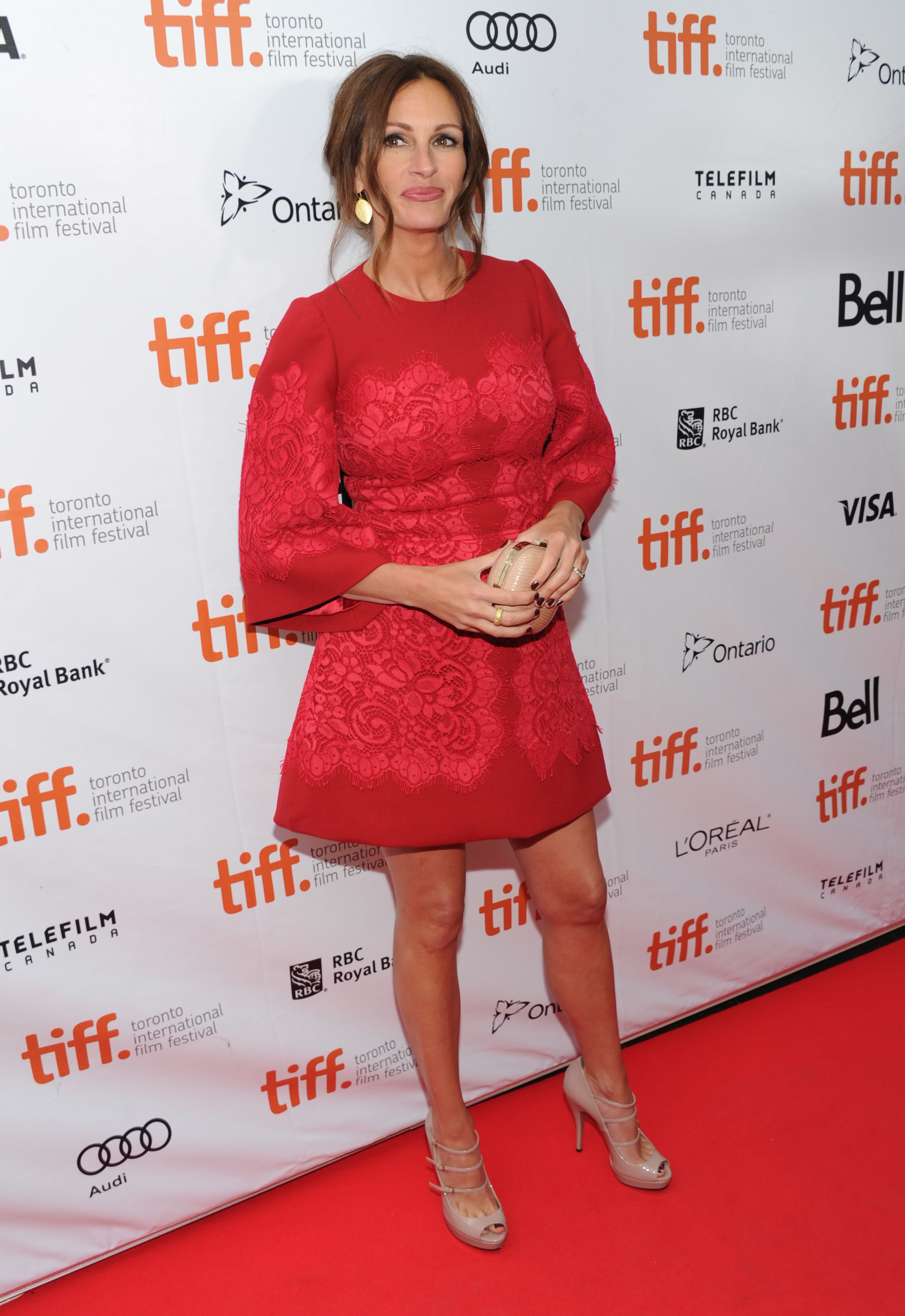 julia roberts red lace
