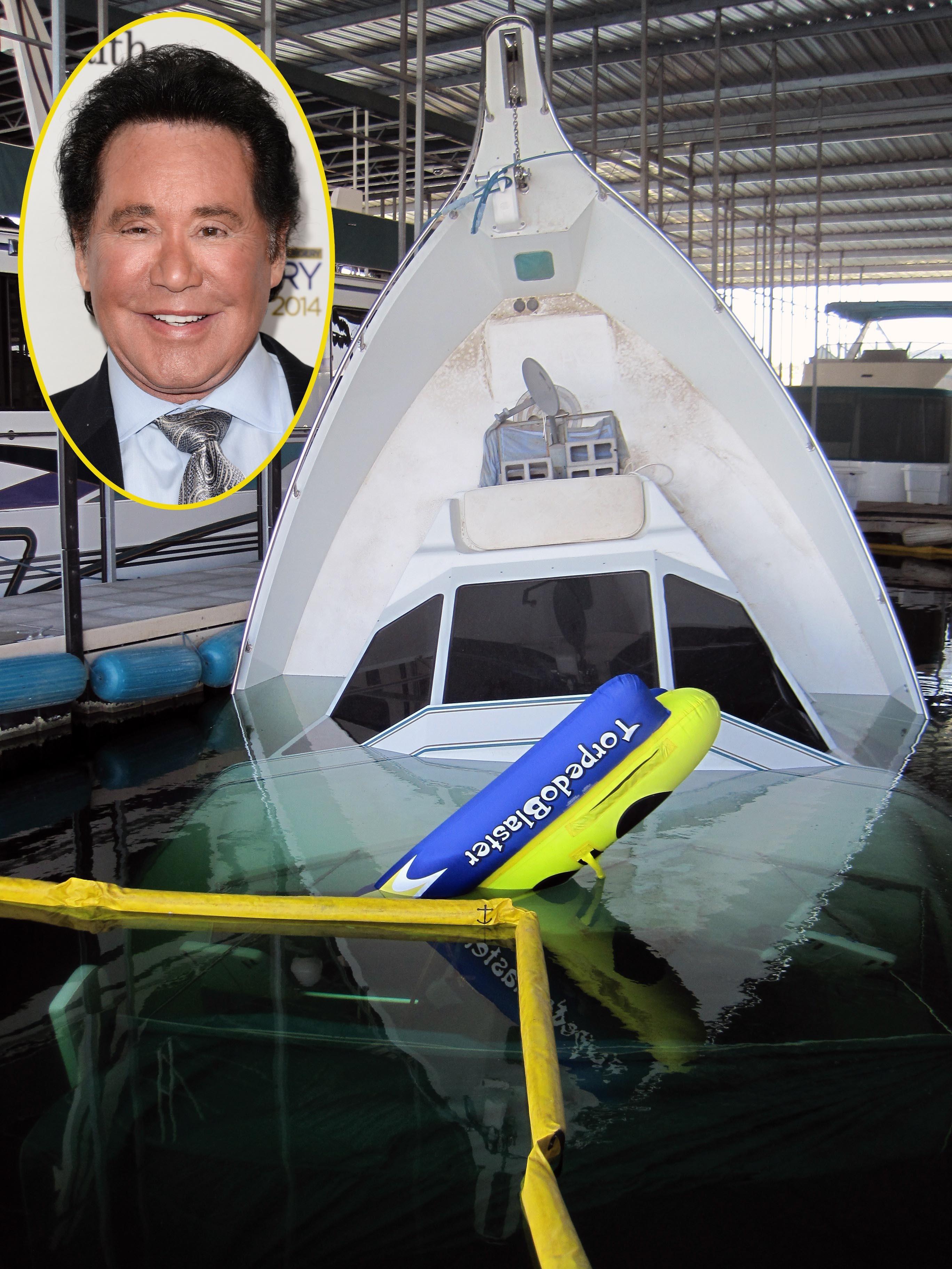 Wayne Newton yacht sinking sank