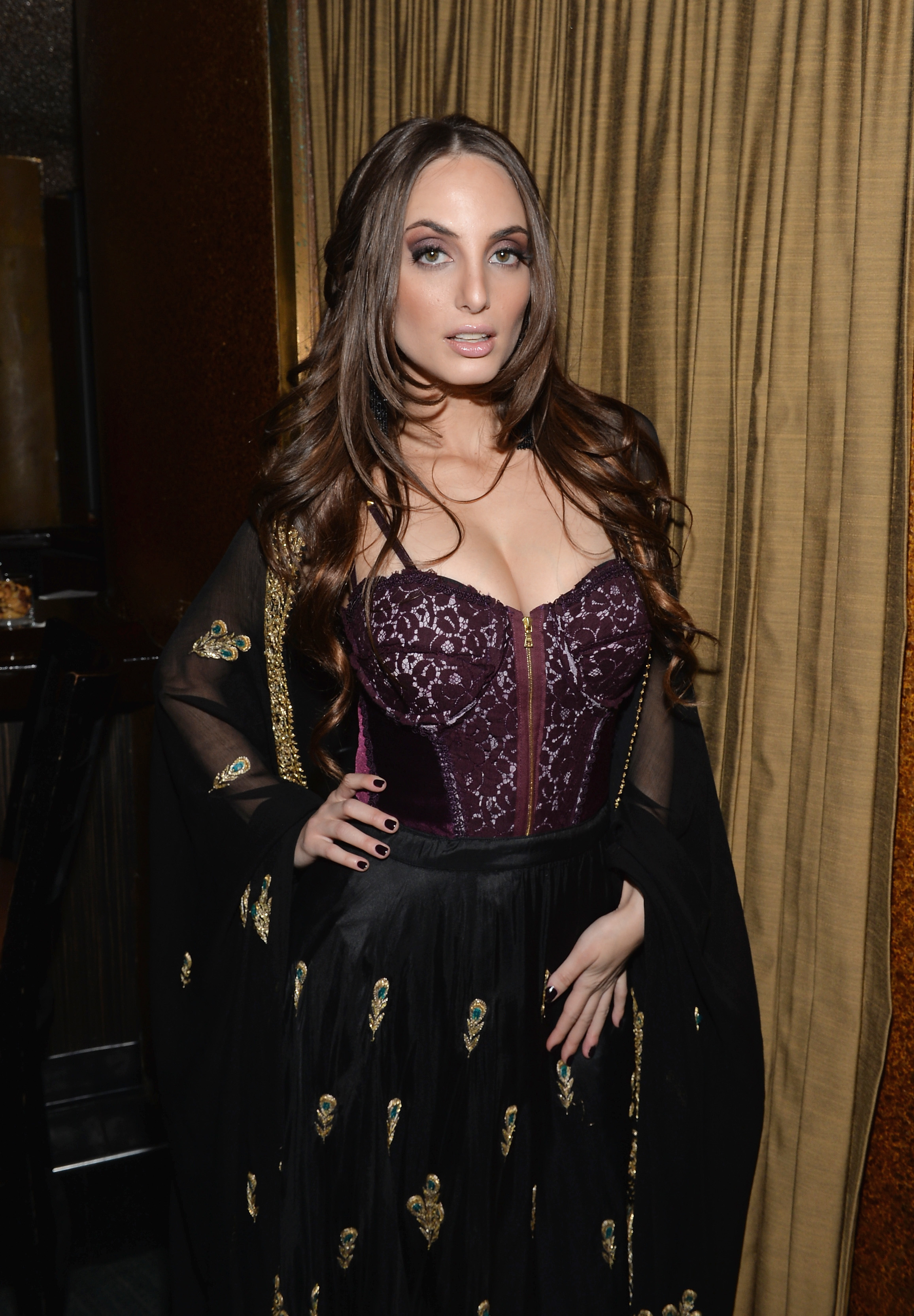 Alexa Ray Joel boobs plastic surgery