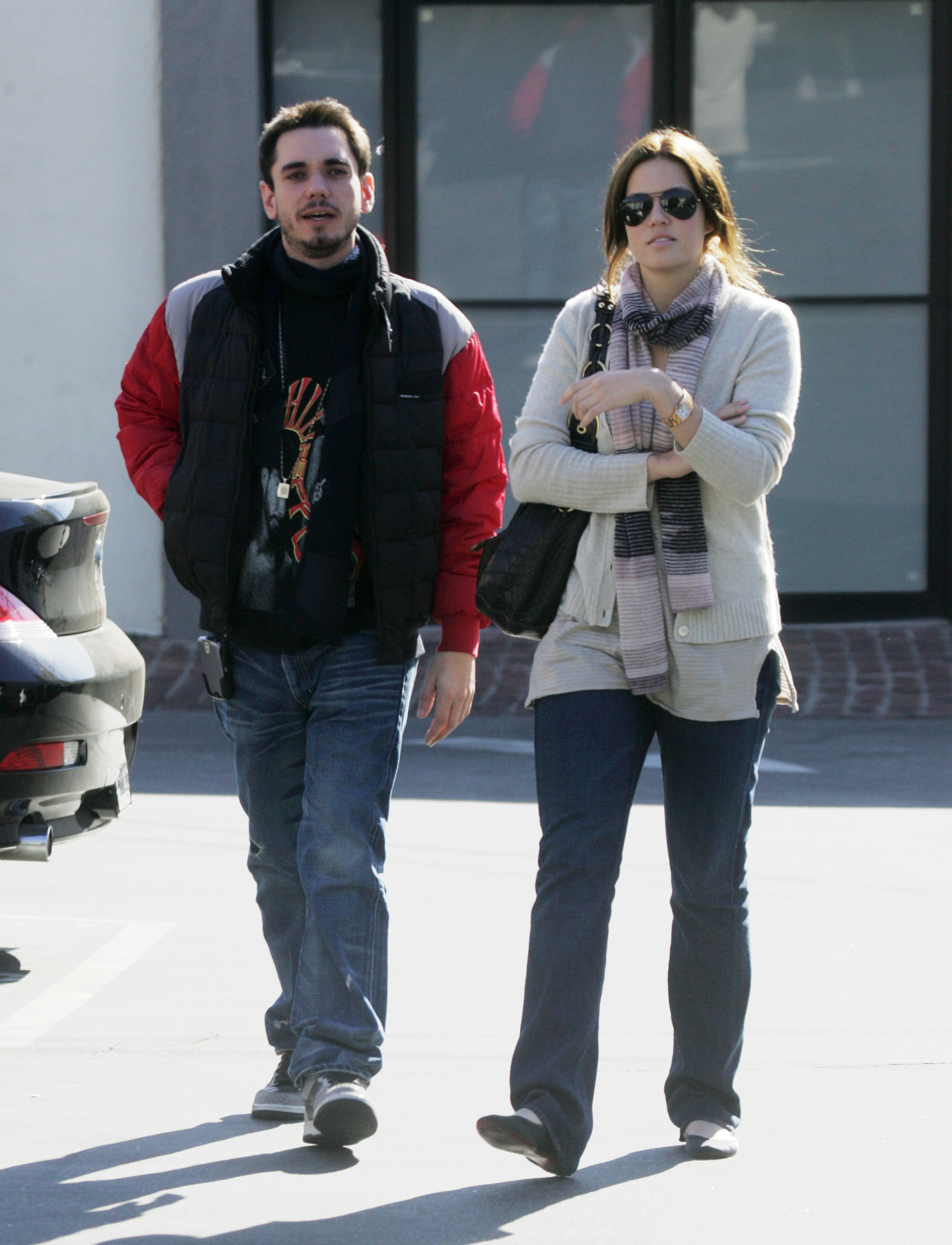 DJ AM and Mandy Moore lunch together in Beverly Hills, Calif., on Jan. 16, 2007.