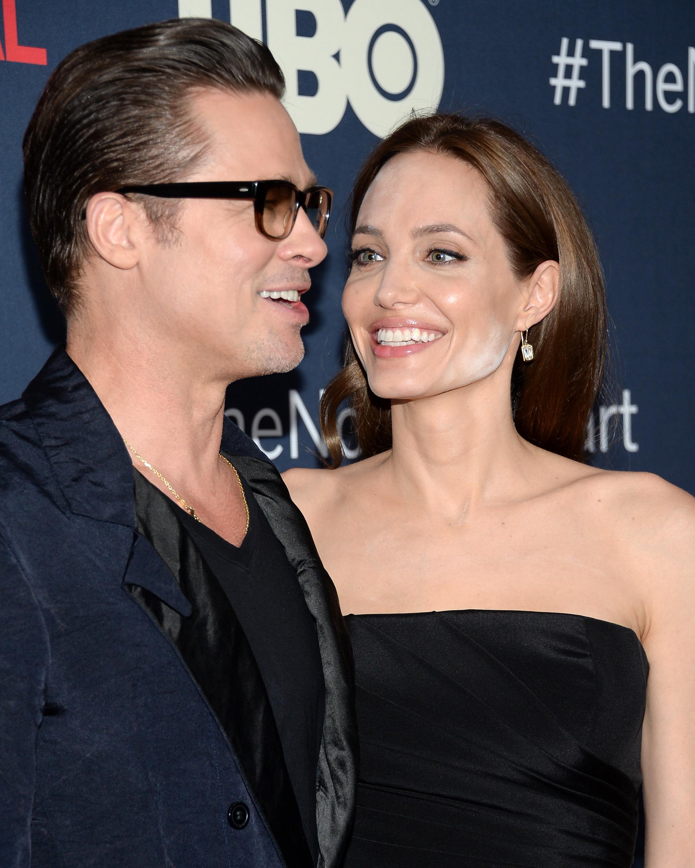 Angelina Jolie makeup powder
