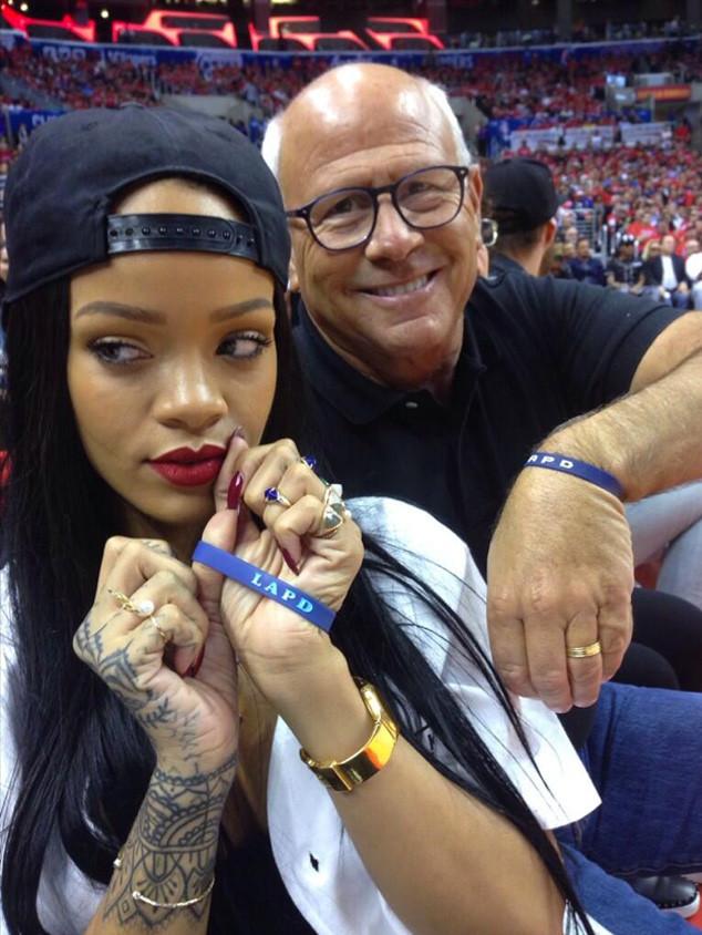 Rihanna LAPD phone donation