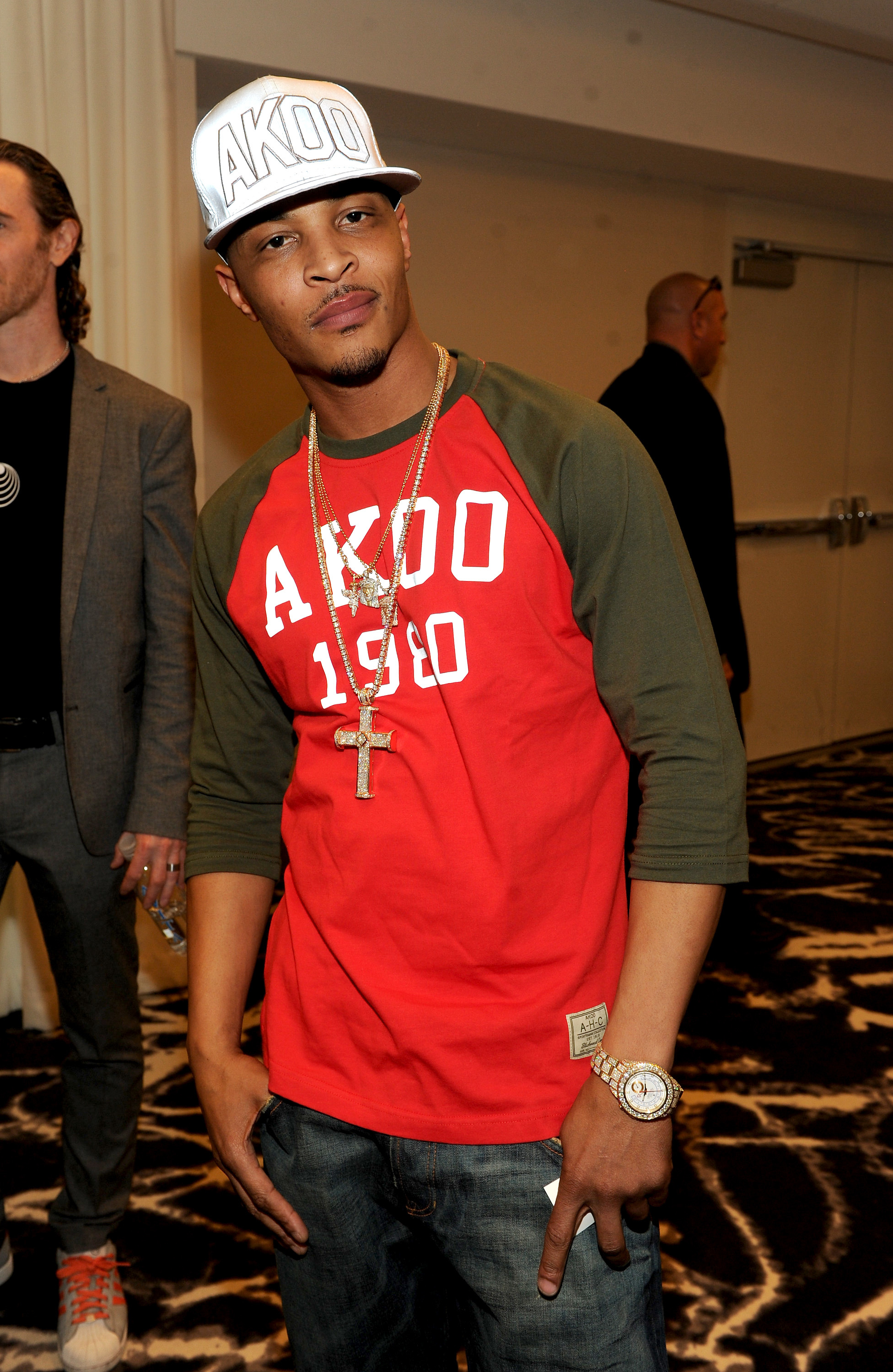 T.I. likely to lose gigs after New York shooting
