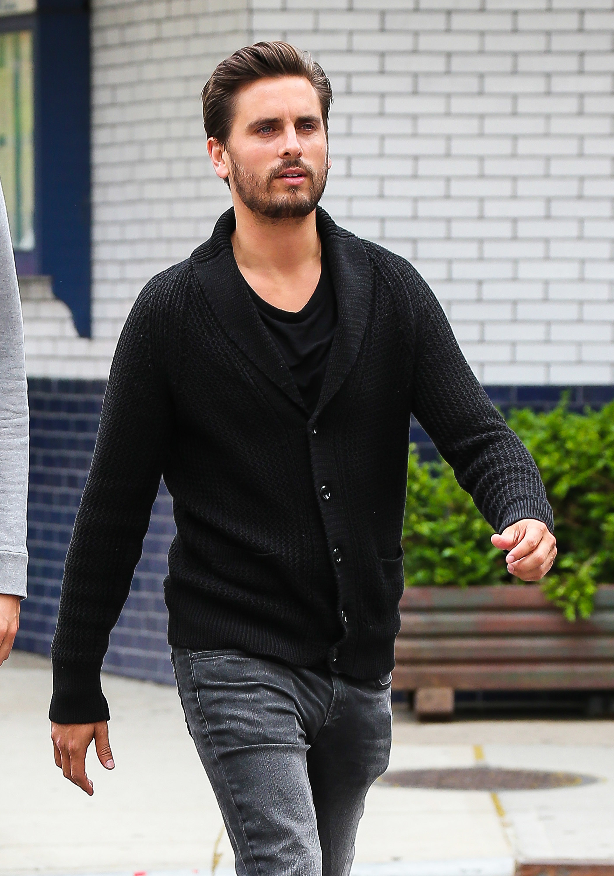 scott disick black sweater