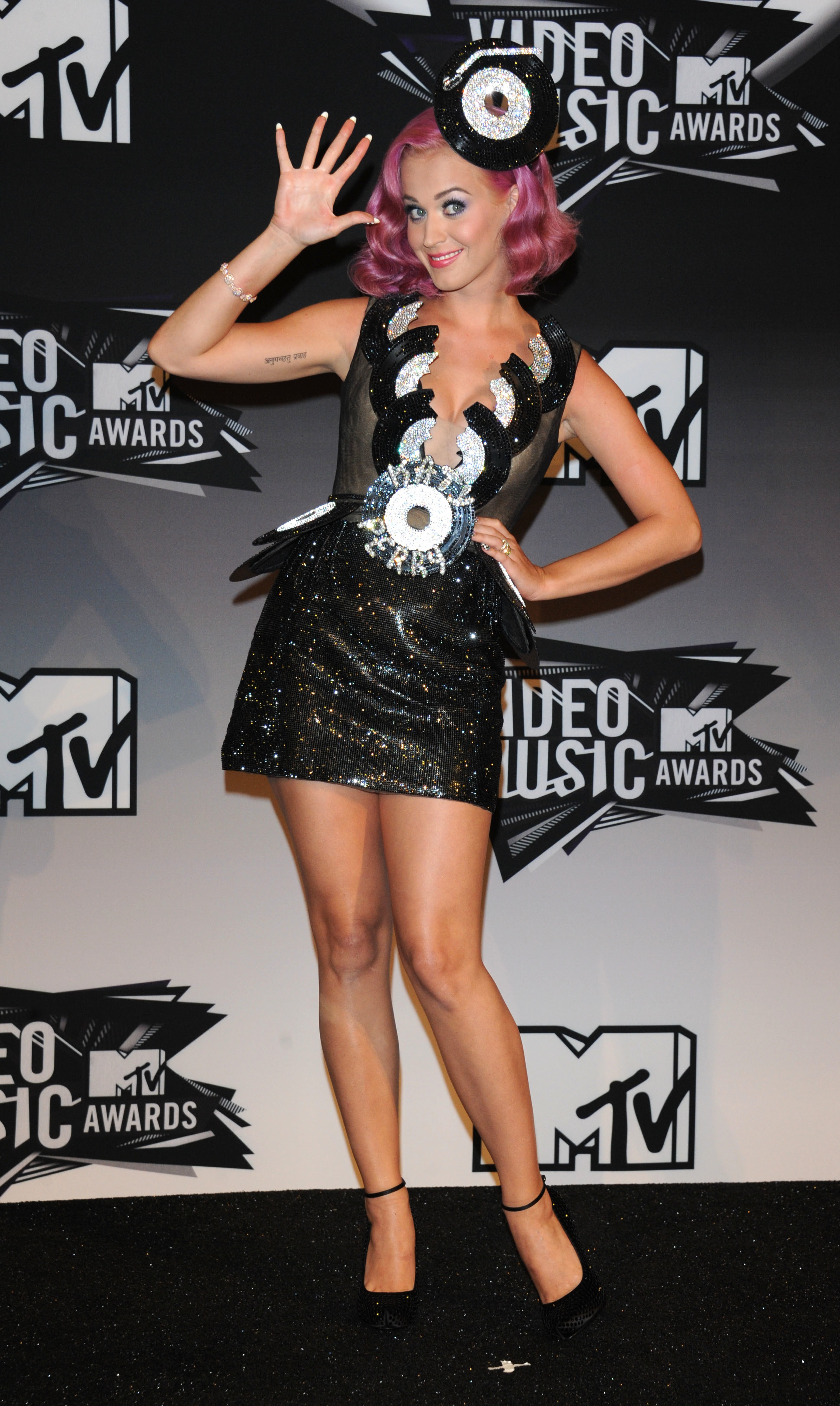 ea3aa41e6929c 50 worst VMA outfits of all time | Gallery | Wonderwall.com