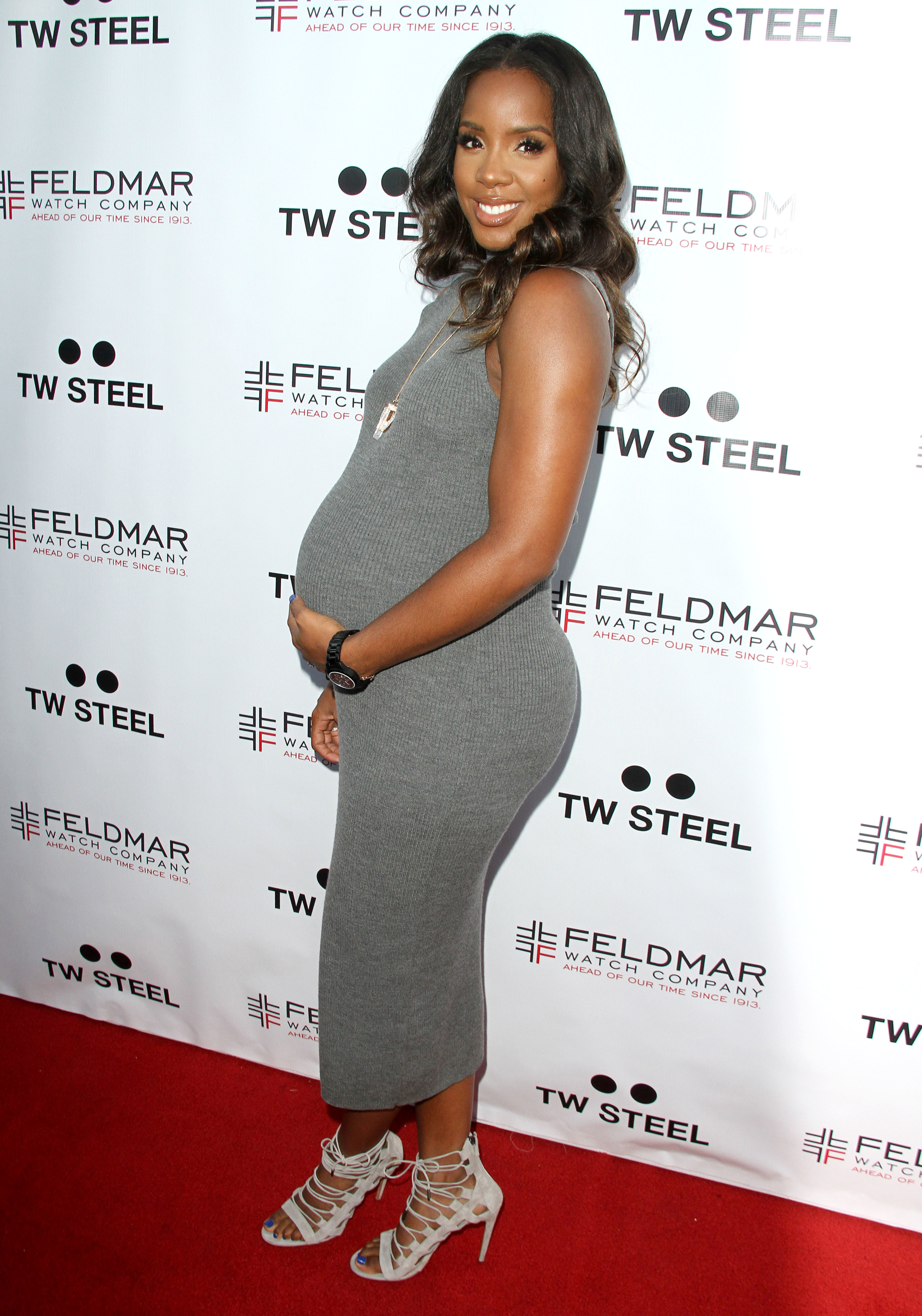 Kelly Rowland Pregnant