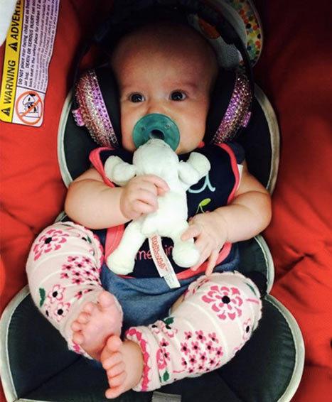 Kelly Clarkson baby