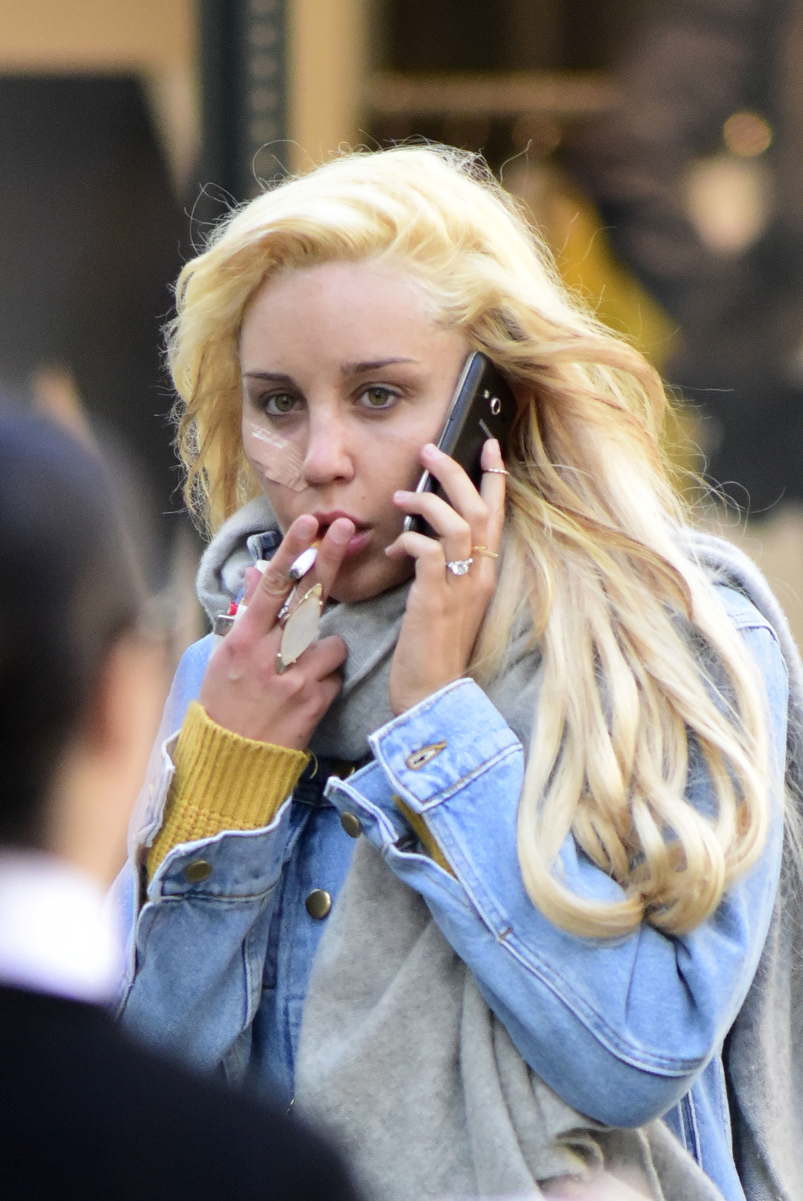amanda bynes smoking