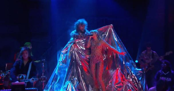 Miley Cyrus sits in with the Flaming Lips on 'Conan'