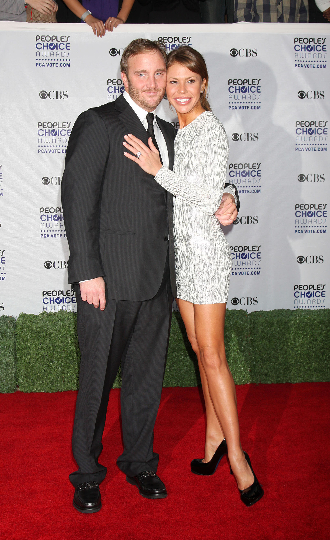 Jay Mohr and Nikki Cox dismiss divorce