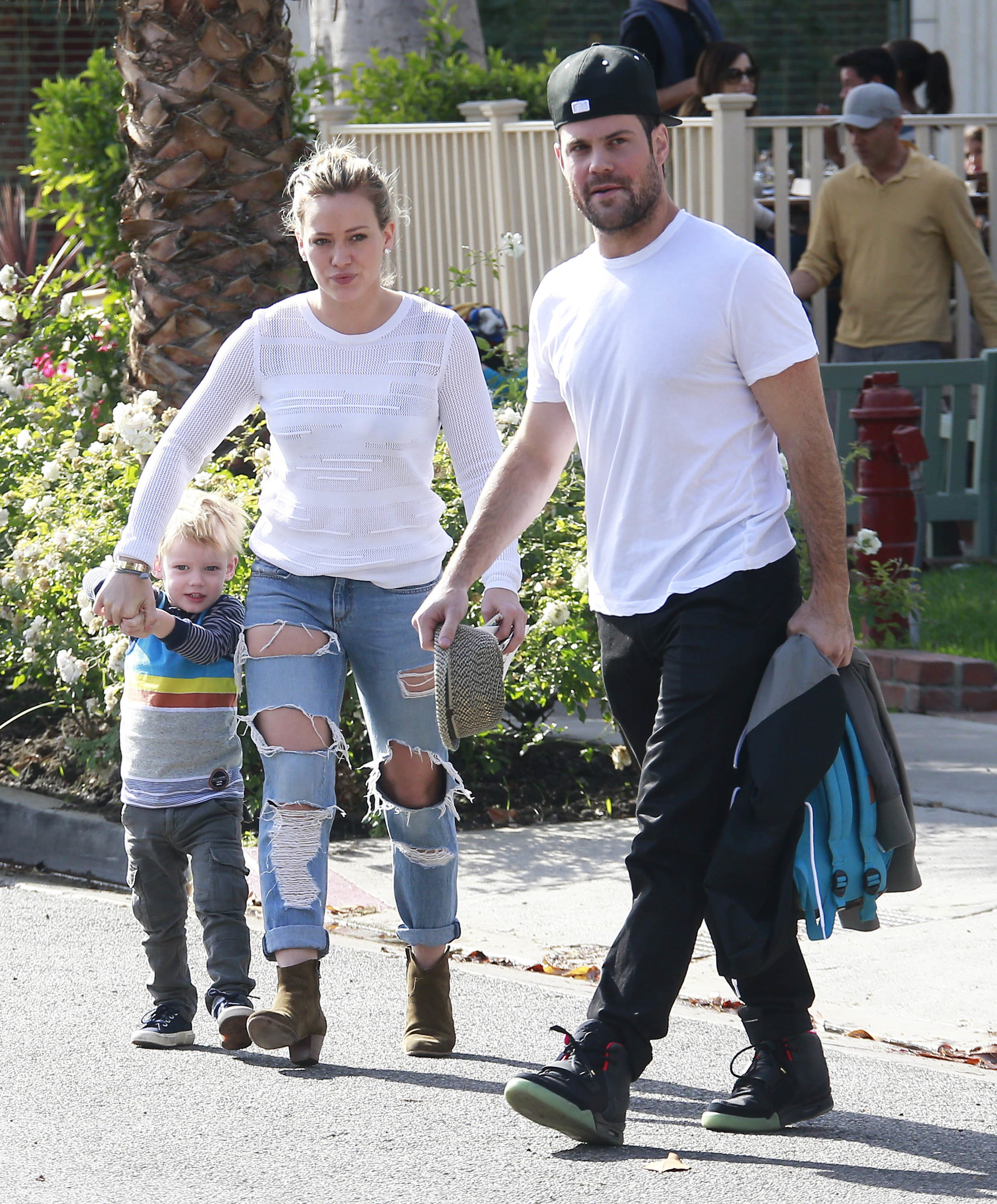 Hilary Duff, Mike Comrie are reportedly getting back together