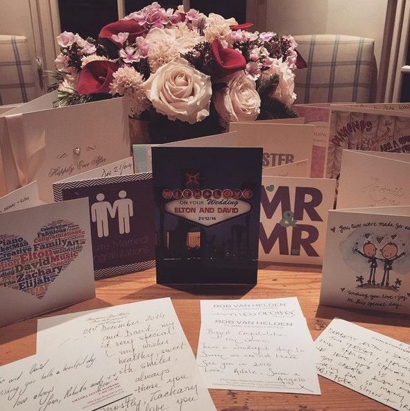 Adele sent Elton John a handwritten apology for missing his wedding