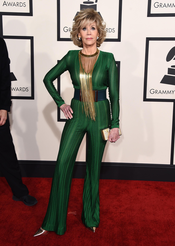 Jane Fonda admits she smokes pot