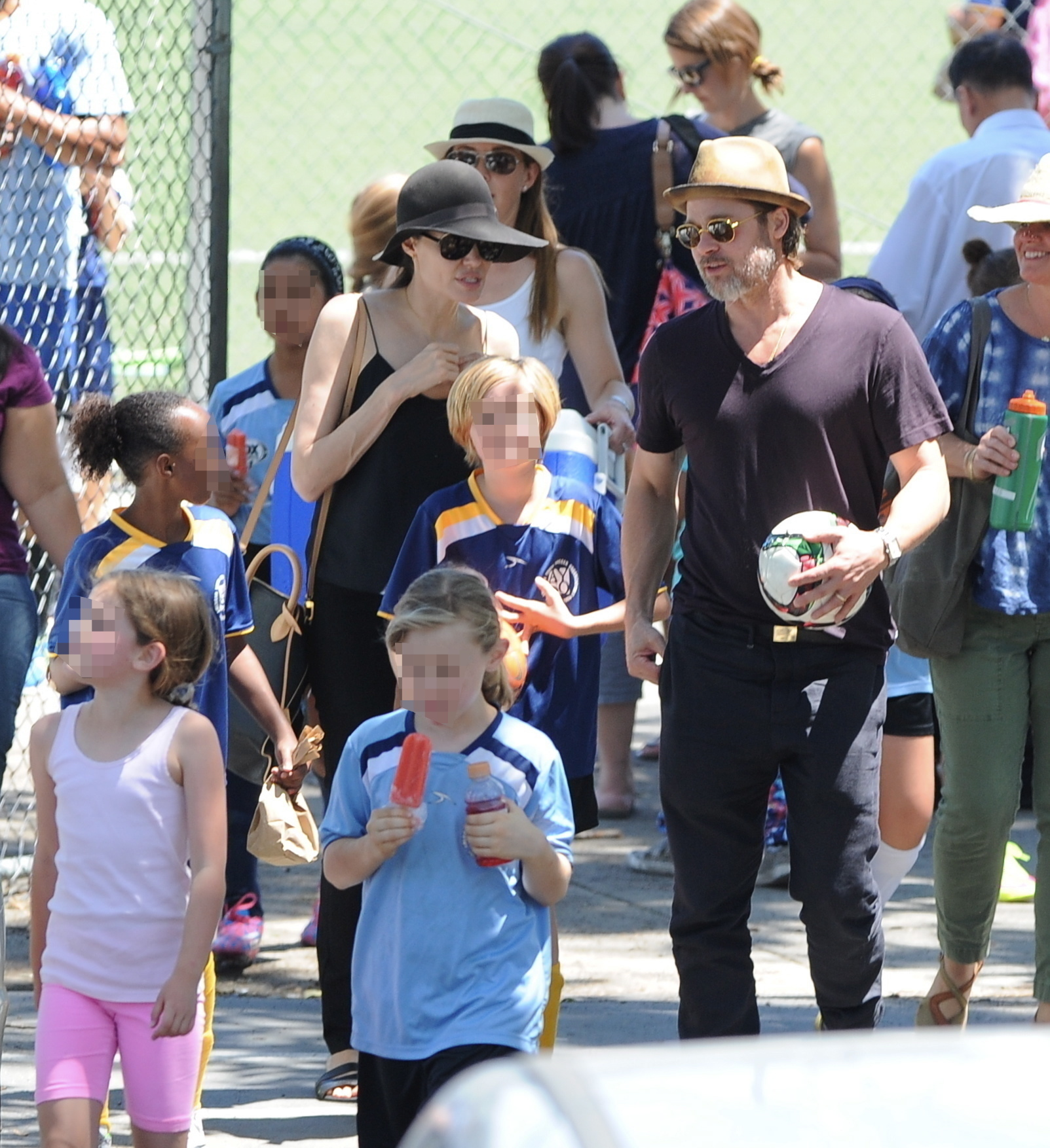 Brad Pitt and Angelina Jolie are afraid their kids might be kidnapped