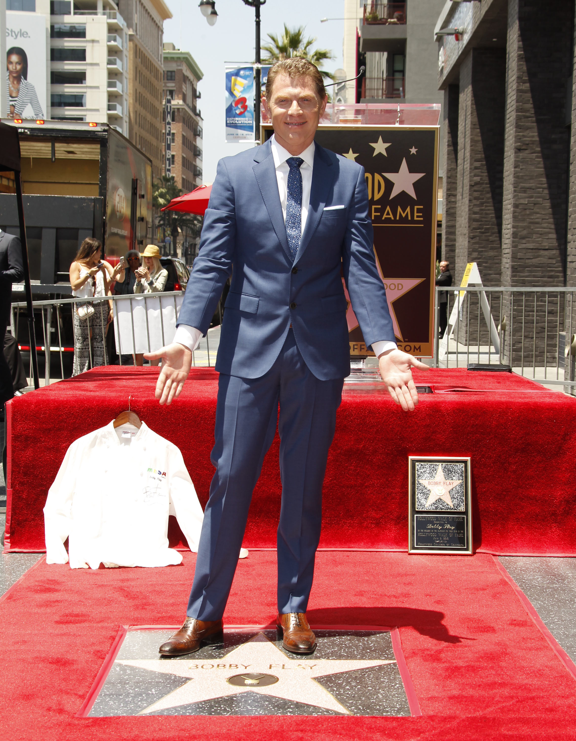 bobby flay suit