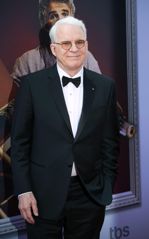 Steve Martin slays with negativity on the 'Tonight Show'