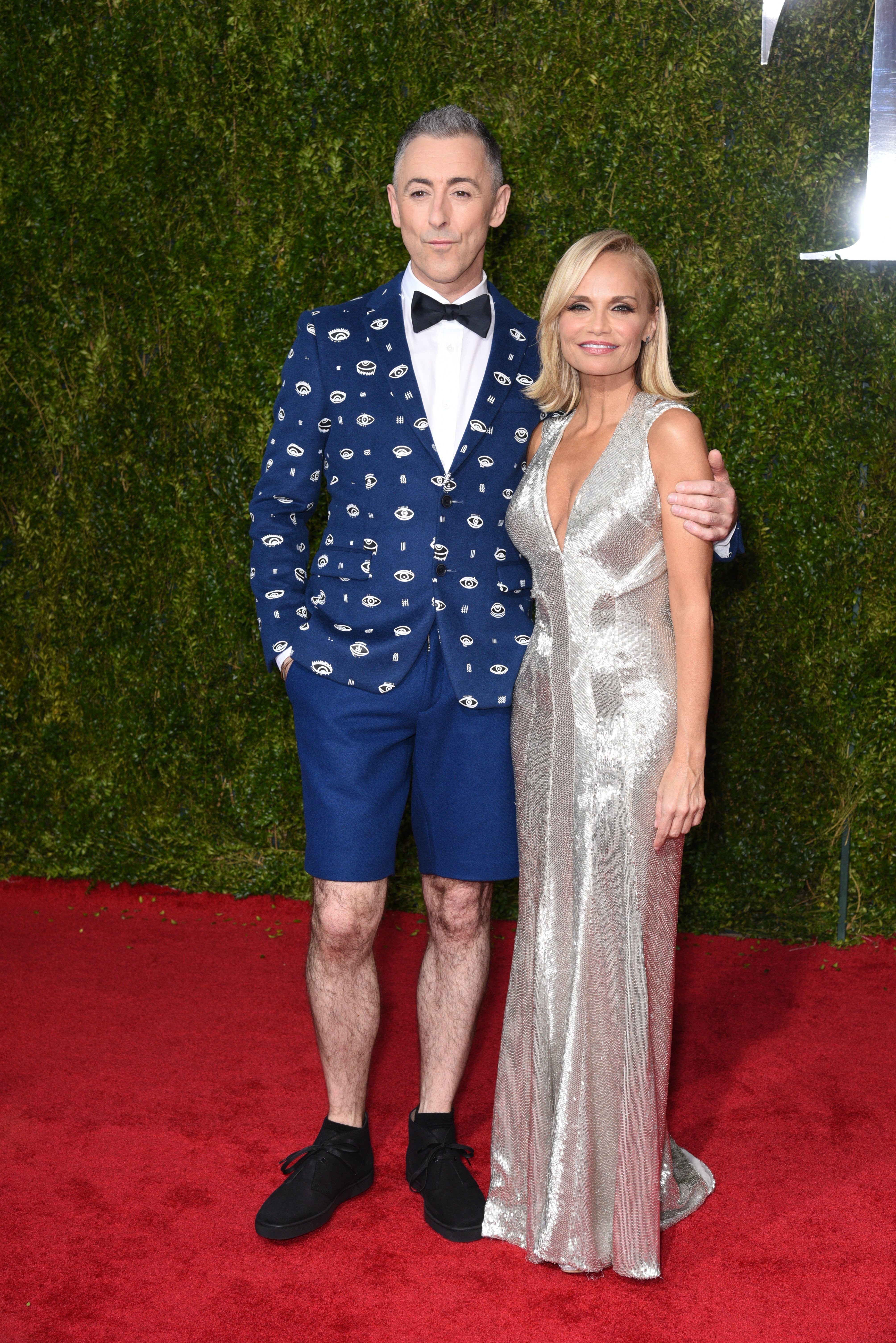 Guess how much Tony Awards hosts make ...