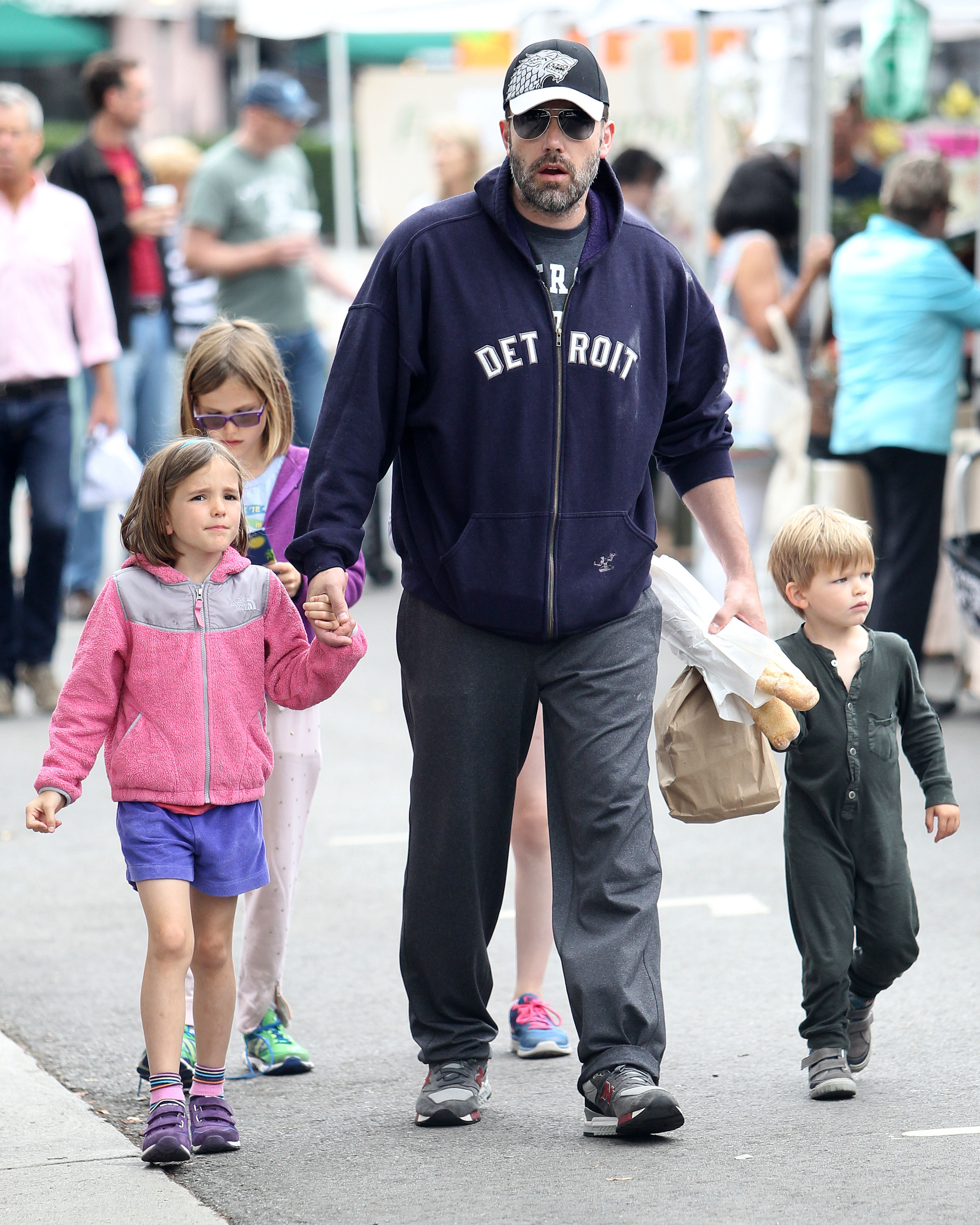 Ben Affleck covers daddy duty while Jennifer Garner works in Atlanta