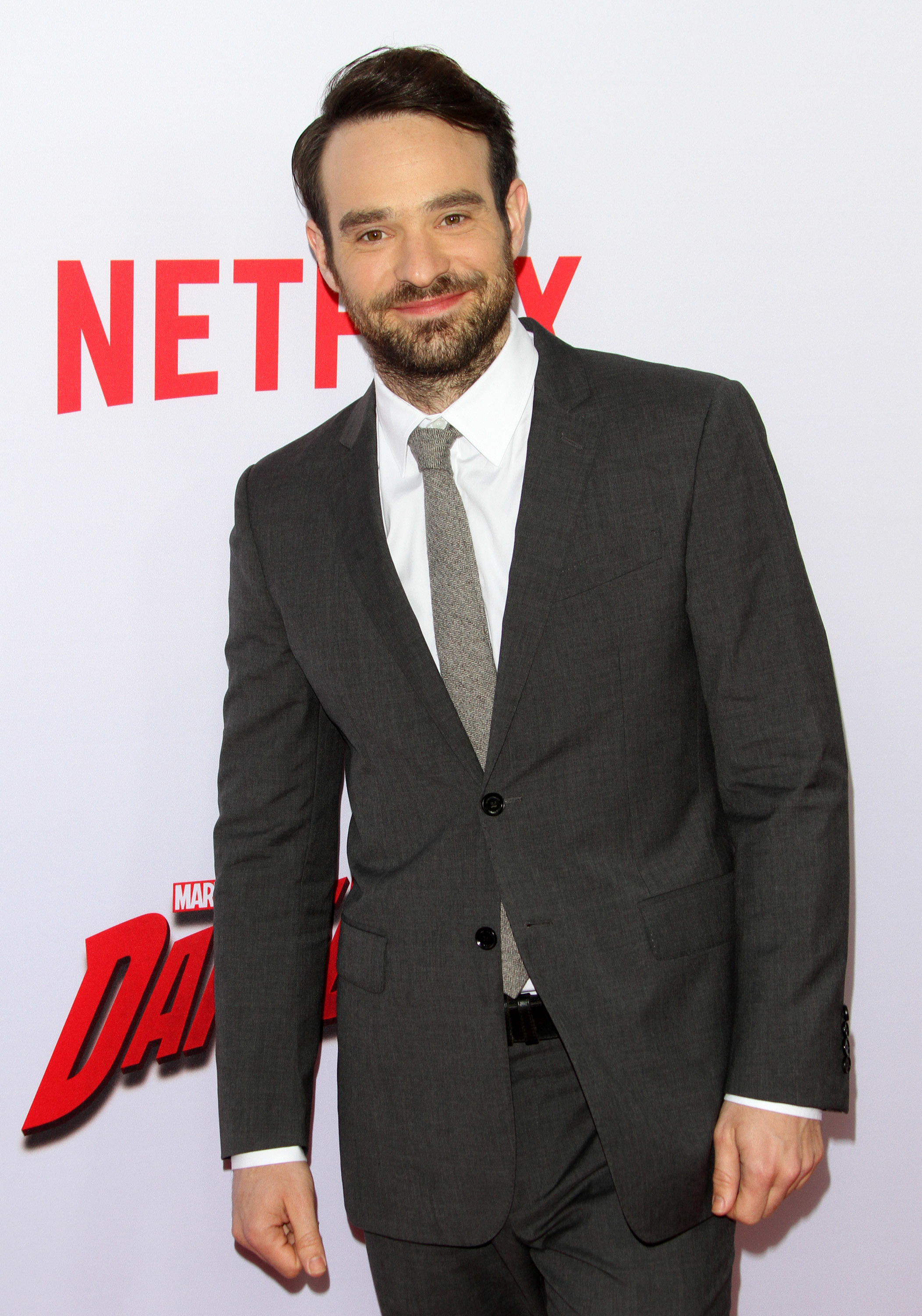 """Daredevil"" star Charlie Cox to be a first time father"