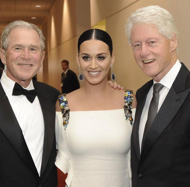 Katy Perry meets George W. Bush and Bill Clinton