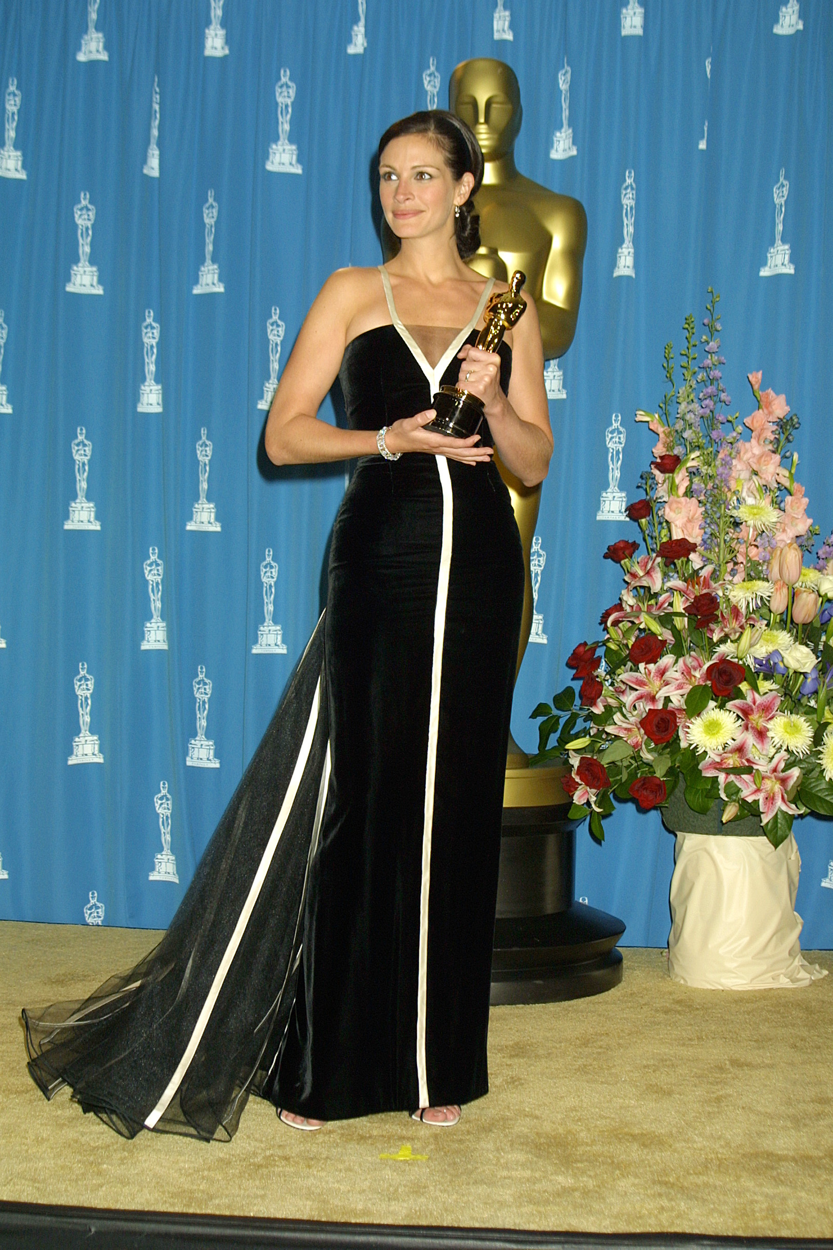 ec723c109c3 Best fashion moments from Oscars past