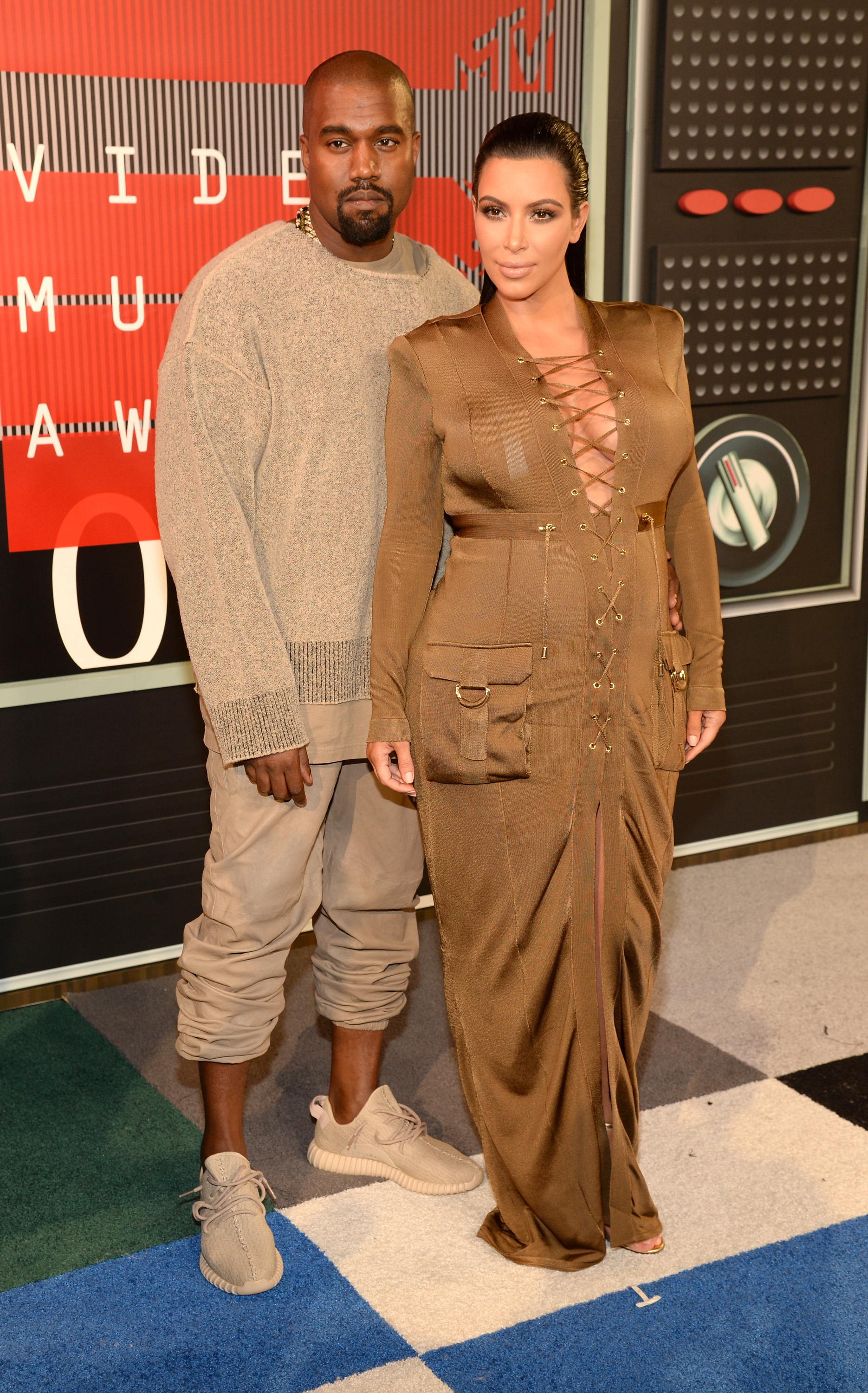 Kimye offer to help a little girl donate shoes for a good cause