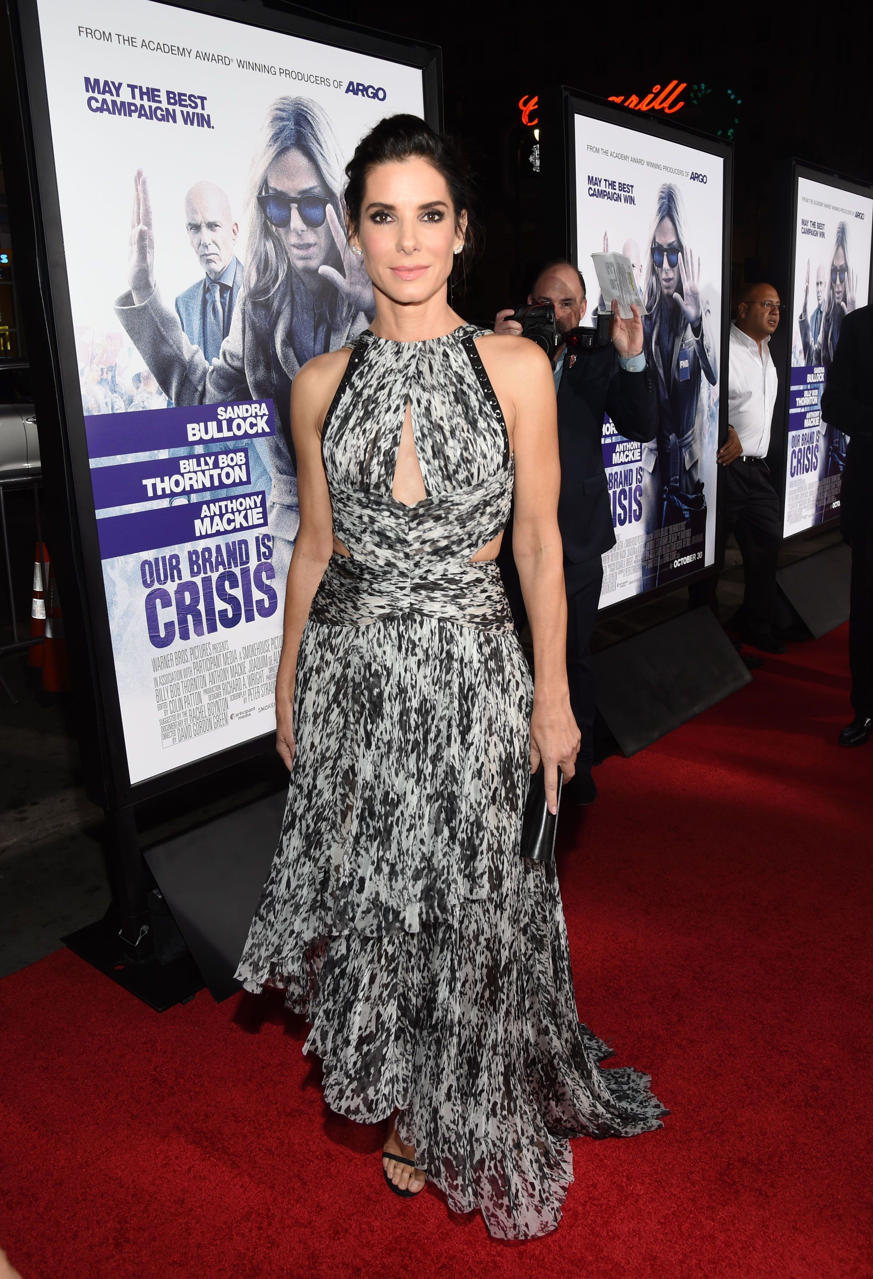 Sandra Bullock jets off to Austin with her new beau