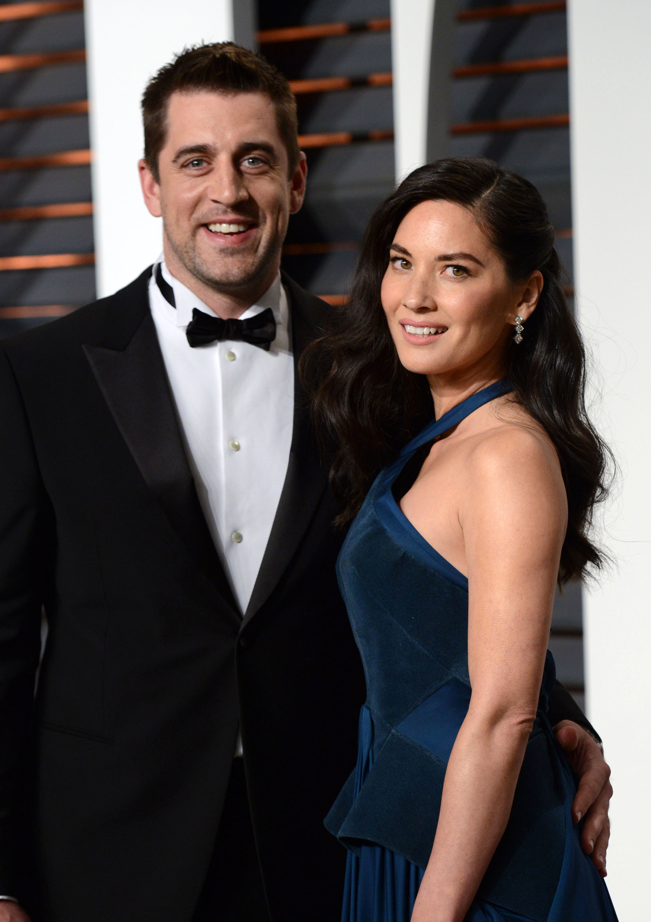 Olivia Munn insists she's not engaged to Aaron Rodgers